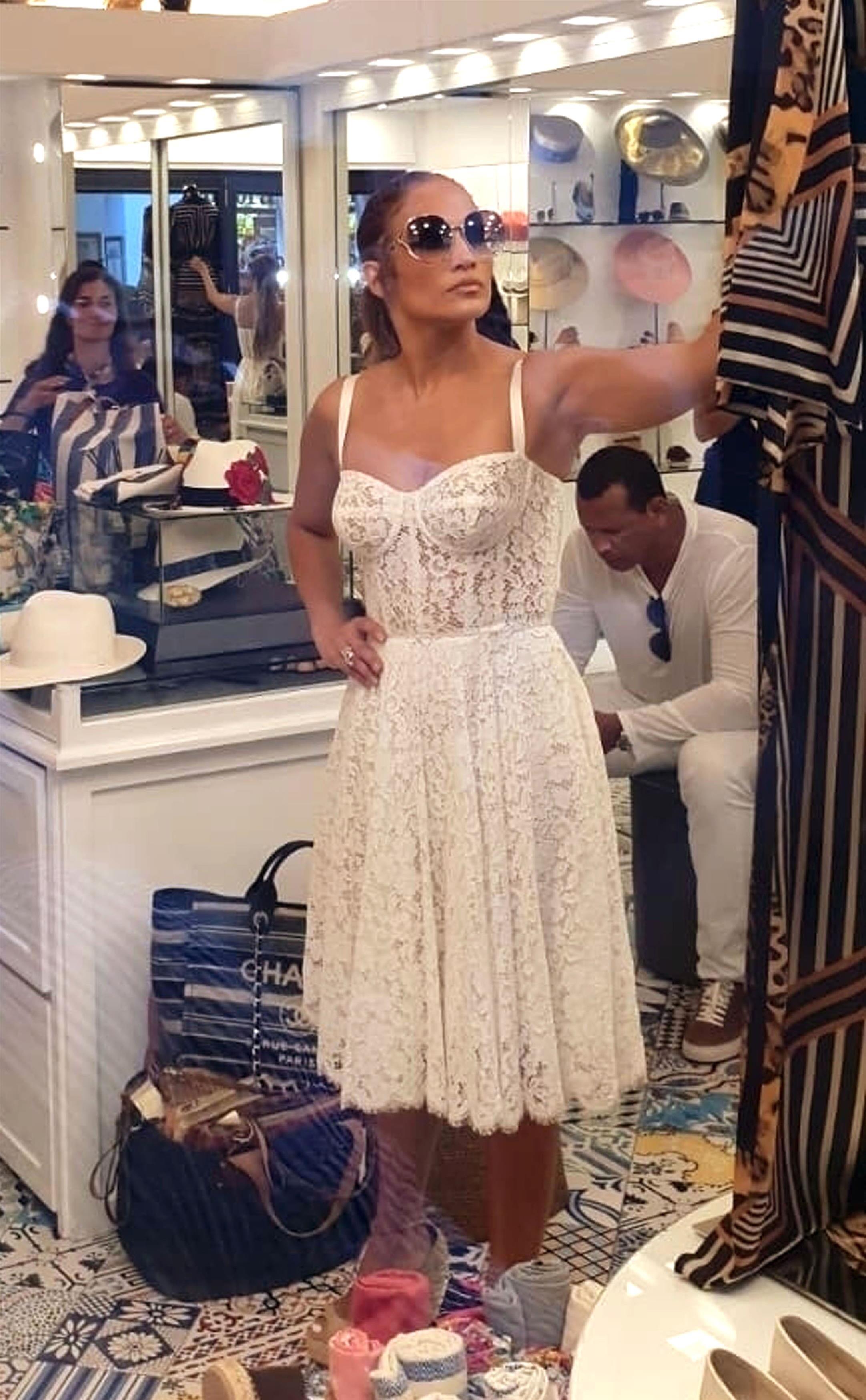 Jennifer Lopez, looks, vacaciones, jlo, capri, italia