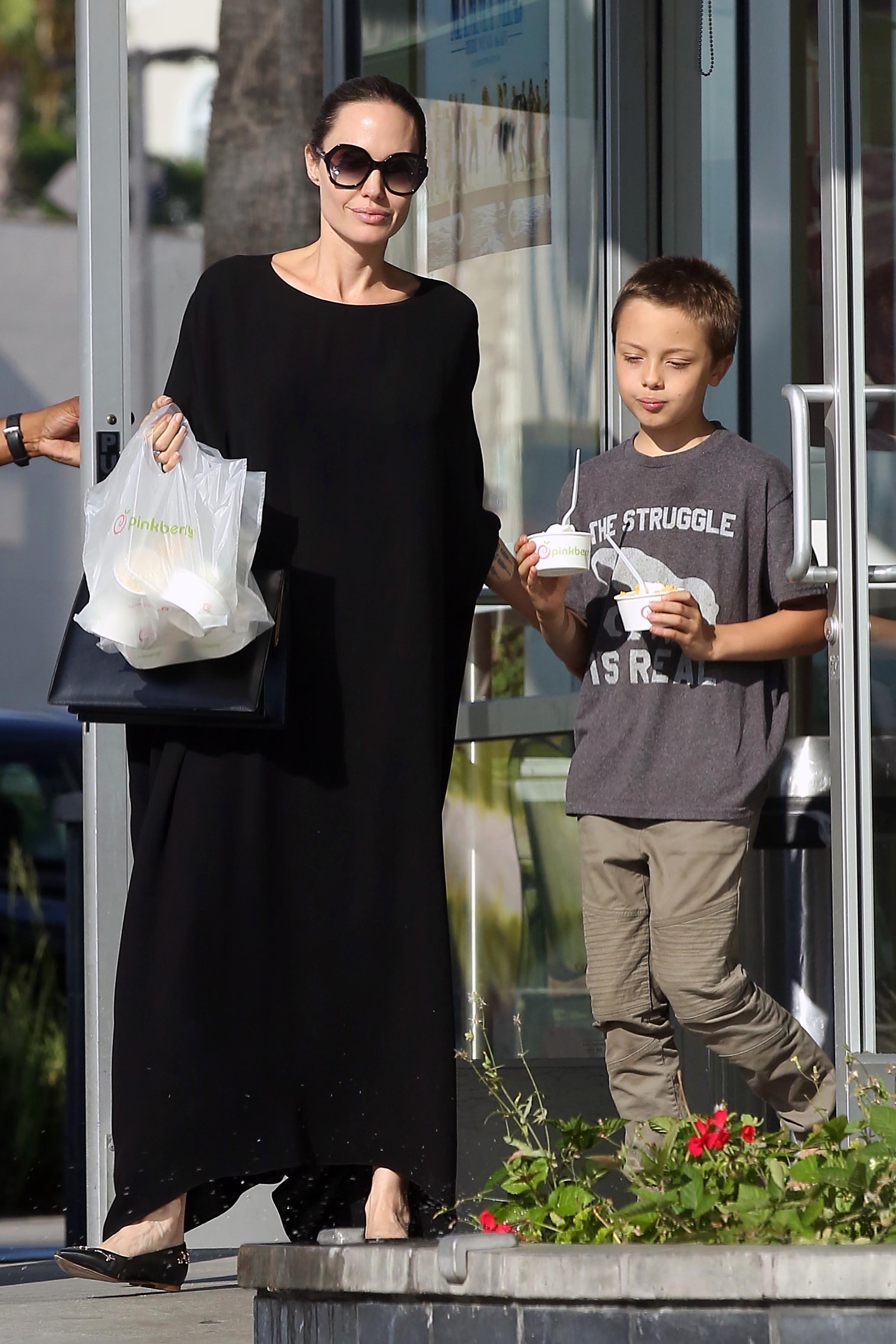 Angelina Jolie, Shiloh
