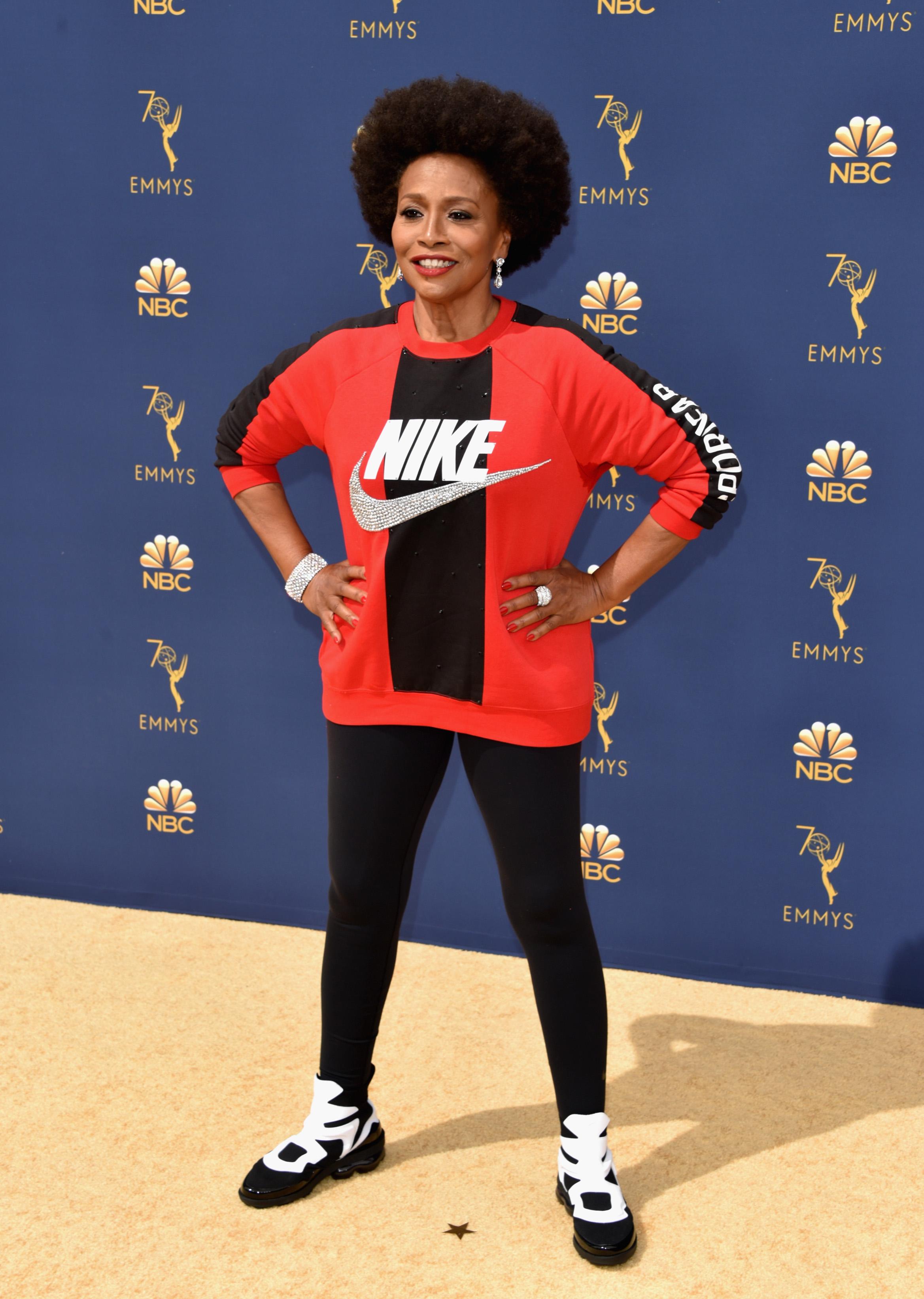Jenifer Lewis, Emmy Awards, Nike, polémica