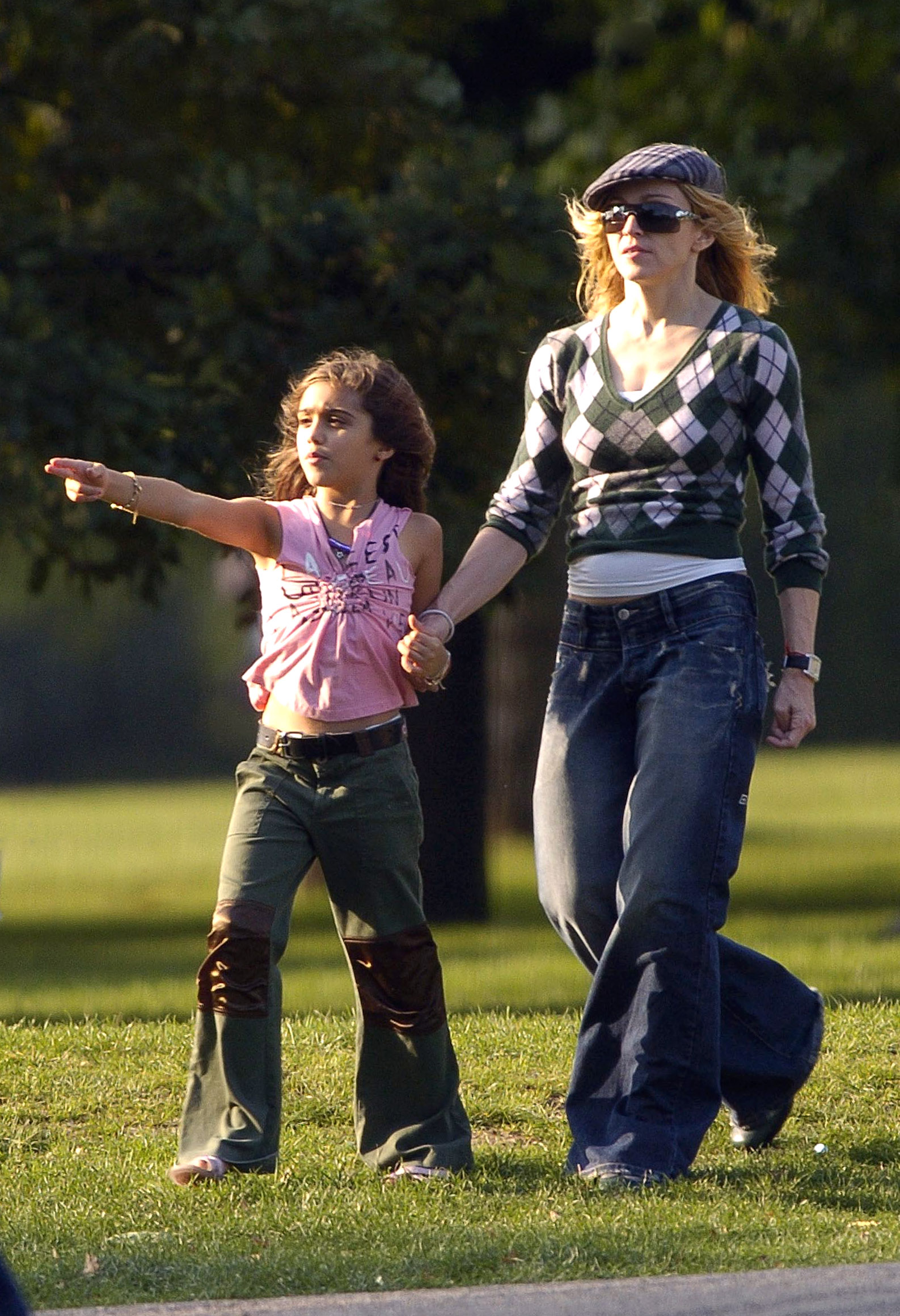 Madonna & Family In London'S Hyde Park