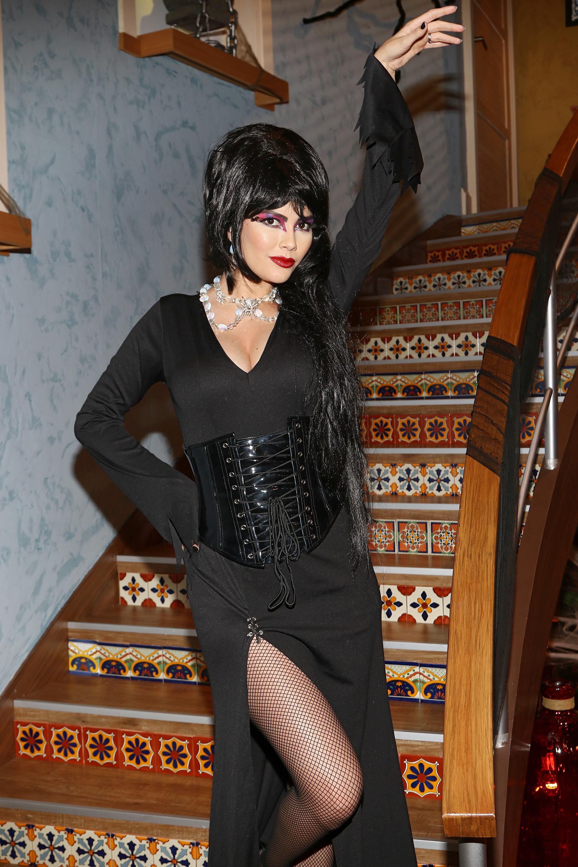 Ana Patricia Gamez, Halloween
