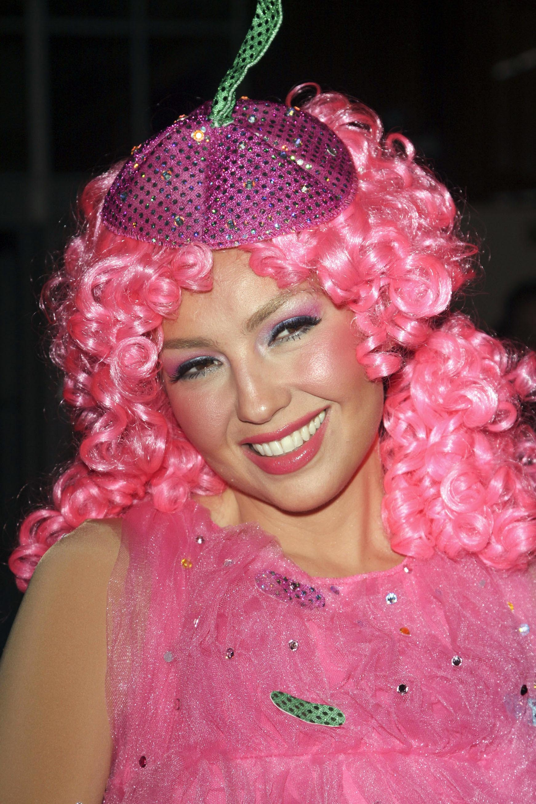 BETTE MIDLER'S ANNUAL HULAWEEN COSTUME PARTY FOR HALLOWEEN