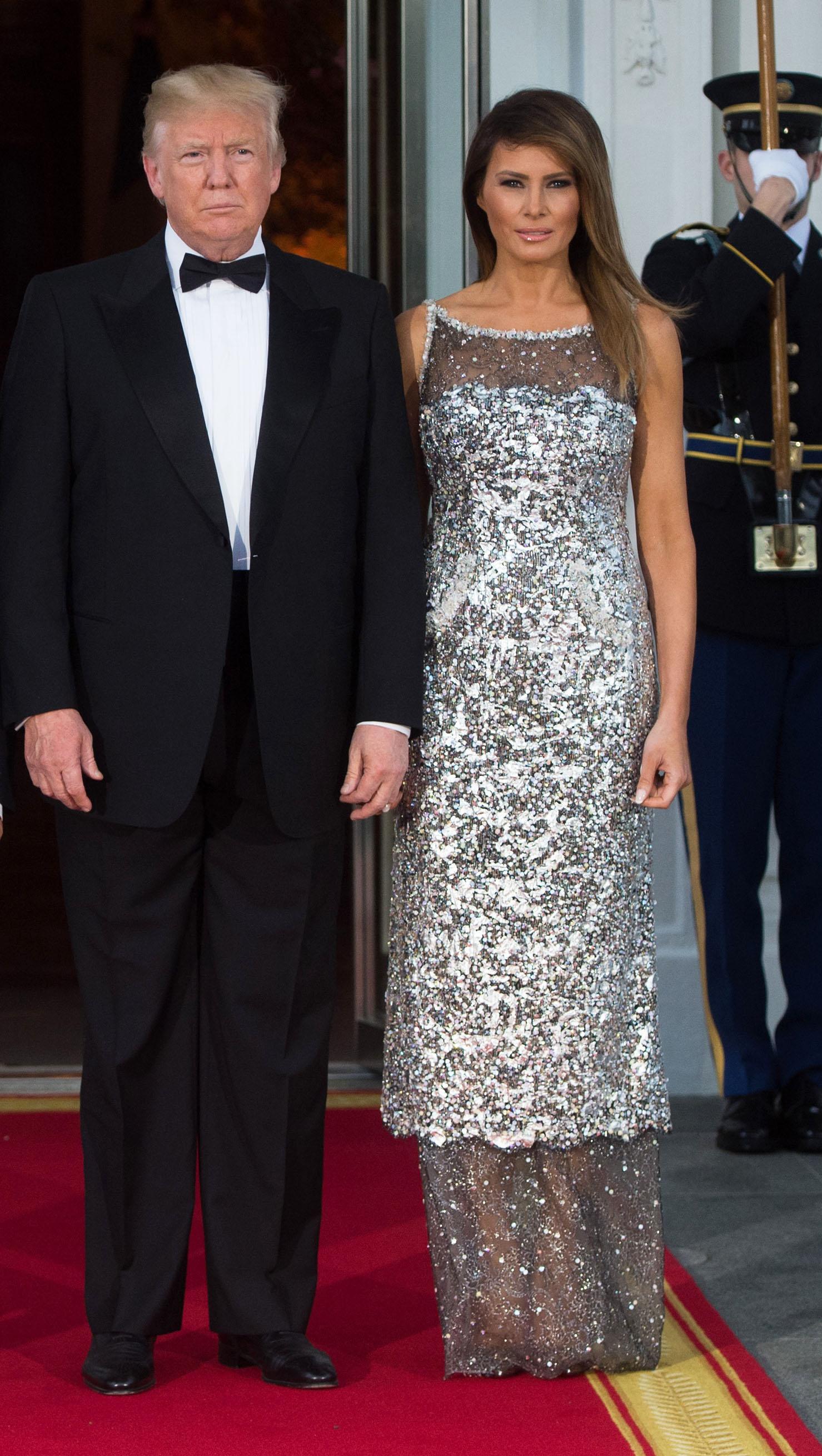 Donald Trump, Melania Trump, vestido, chanel, cena de estado