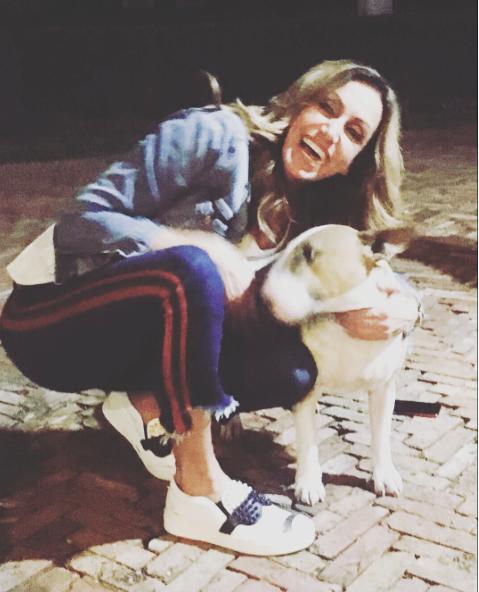 Lili Estefan mascota , perro Jalapeño.