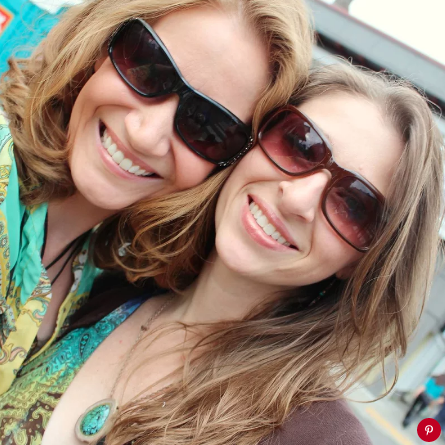 Jennifer (left) and Sarah Hart