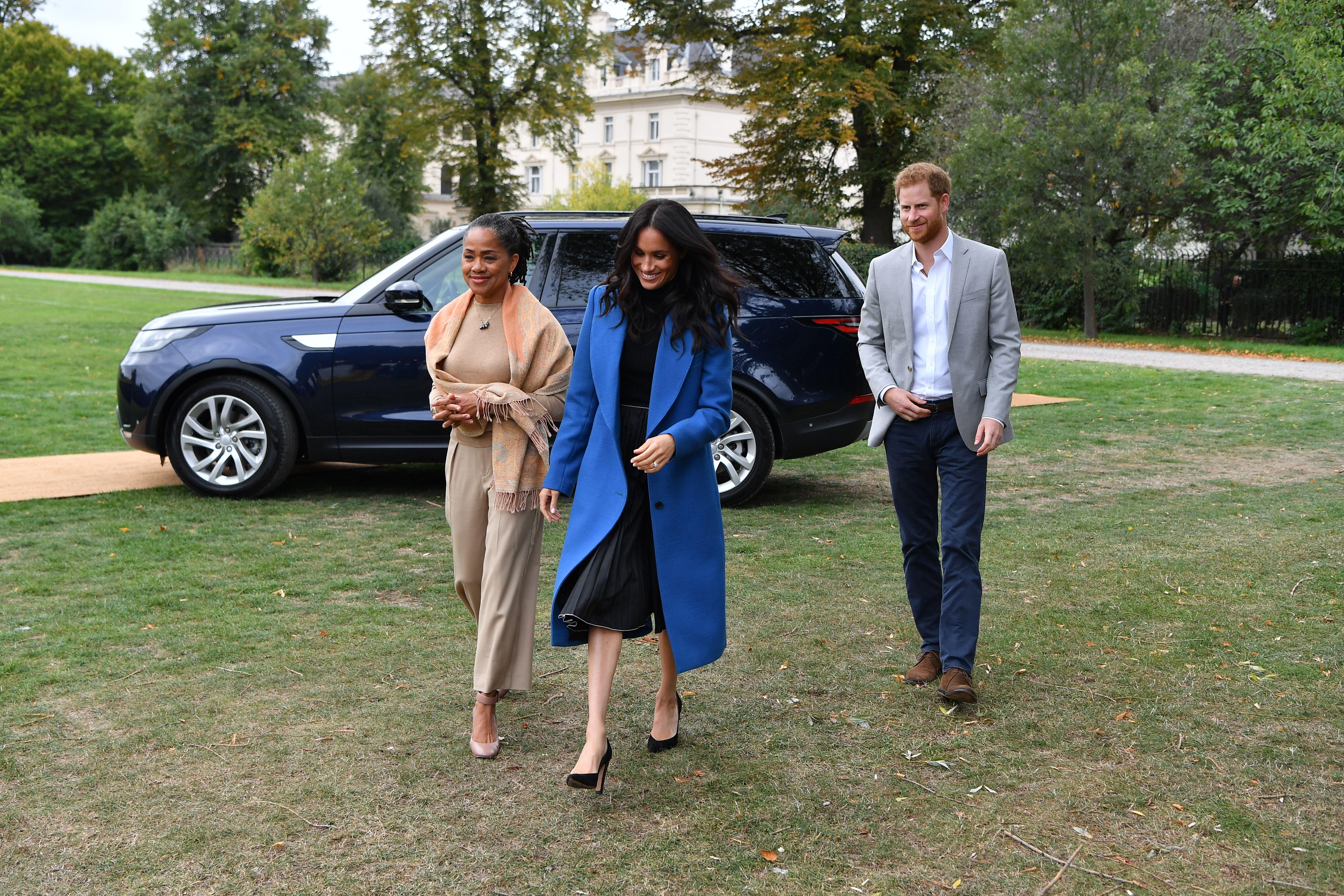 el príncipe Harry, Meghan Markle, Doria Ragland