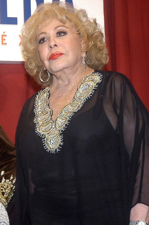 Silvia Pinal, Golpeadas