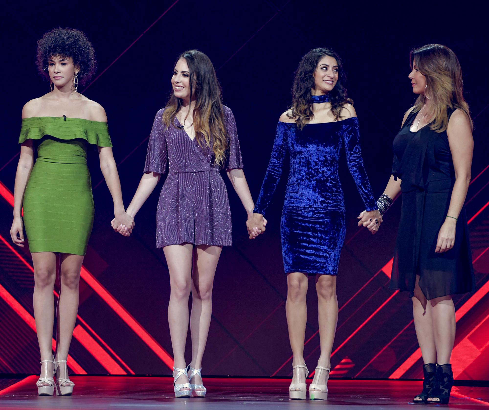 Desire Ortiz, Masiel Mantilla, Elvira Reyes y Carmen Batiz