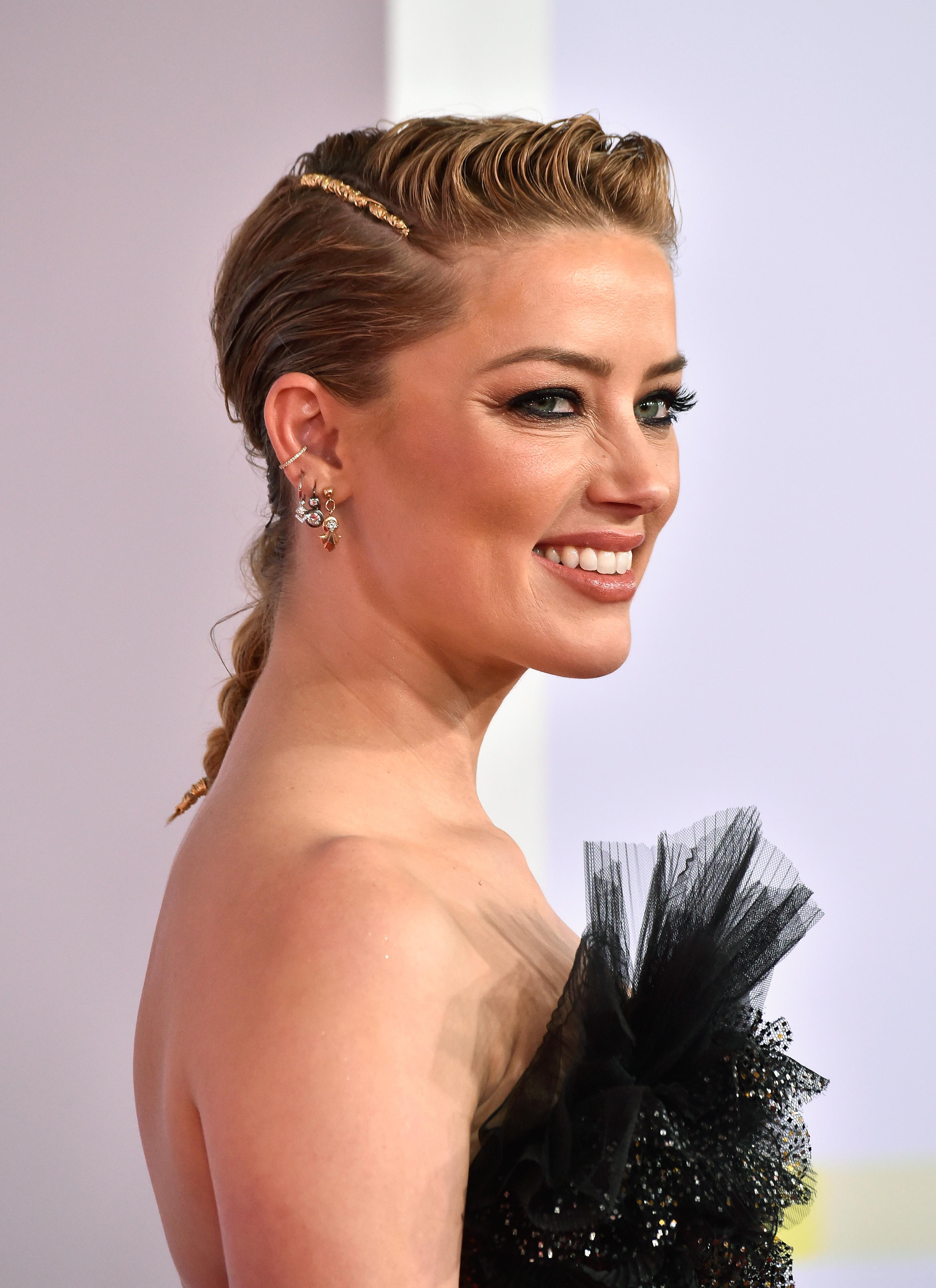 Amber Heard, AMAs 2019