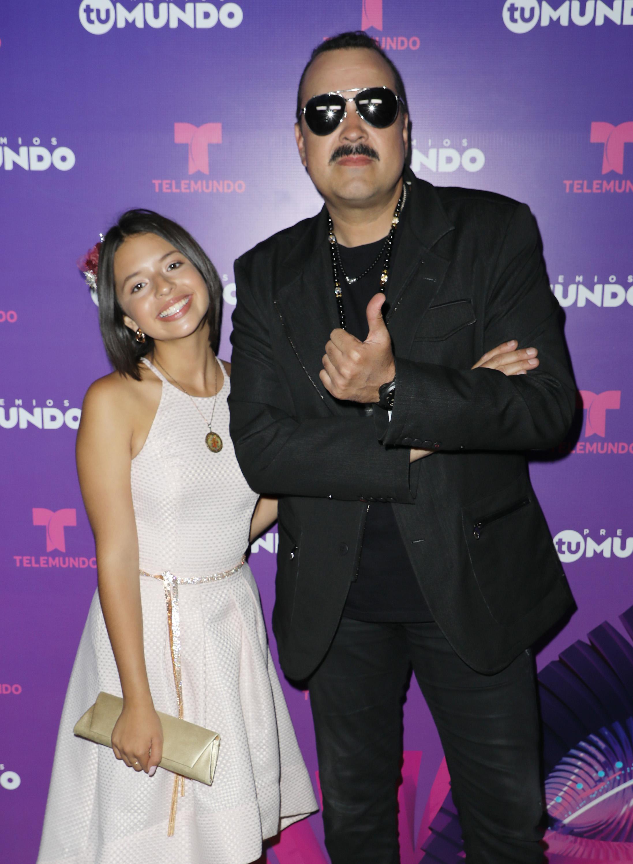 Pepe Aguilar, Ángela Aguilar