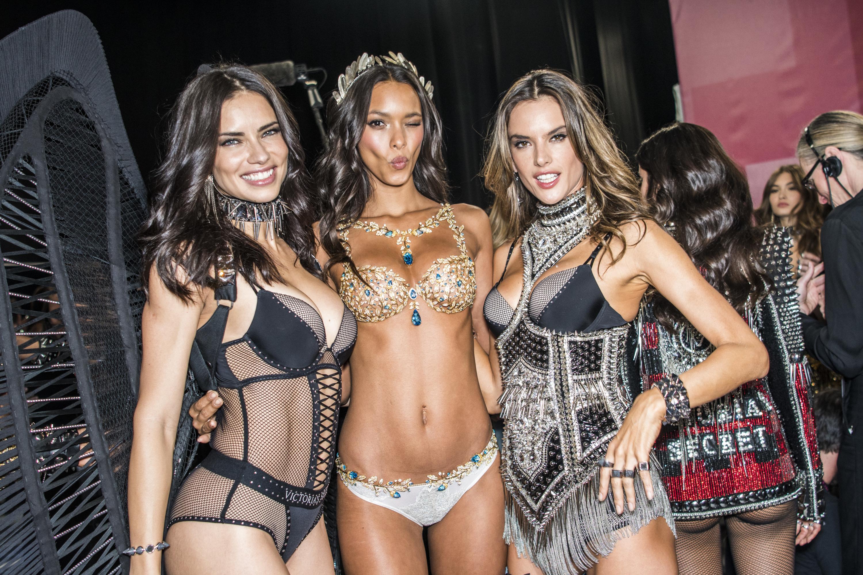 Adriana Lima, victoria's secret, show