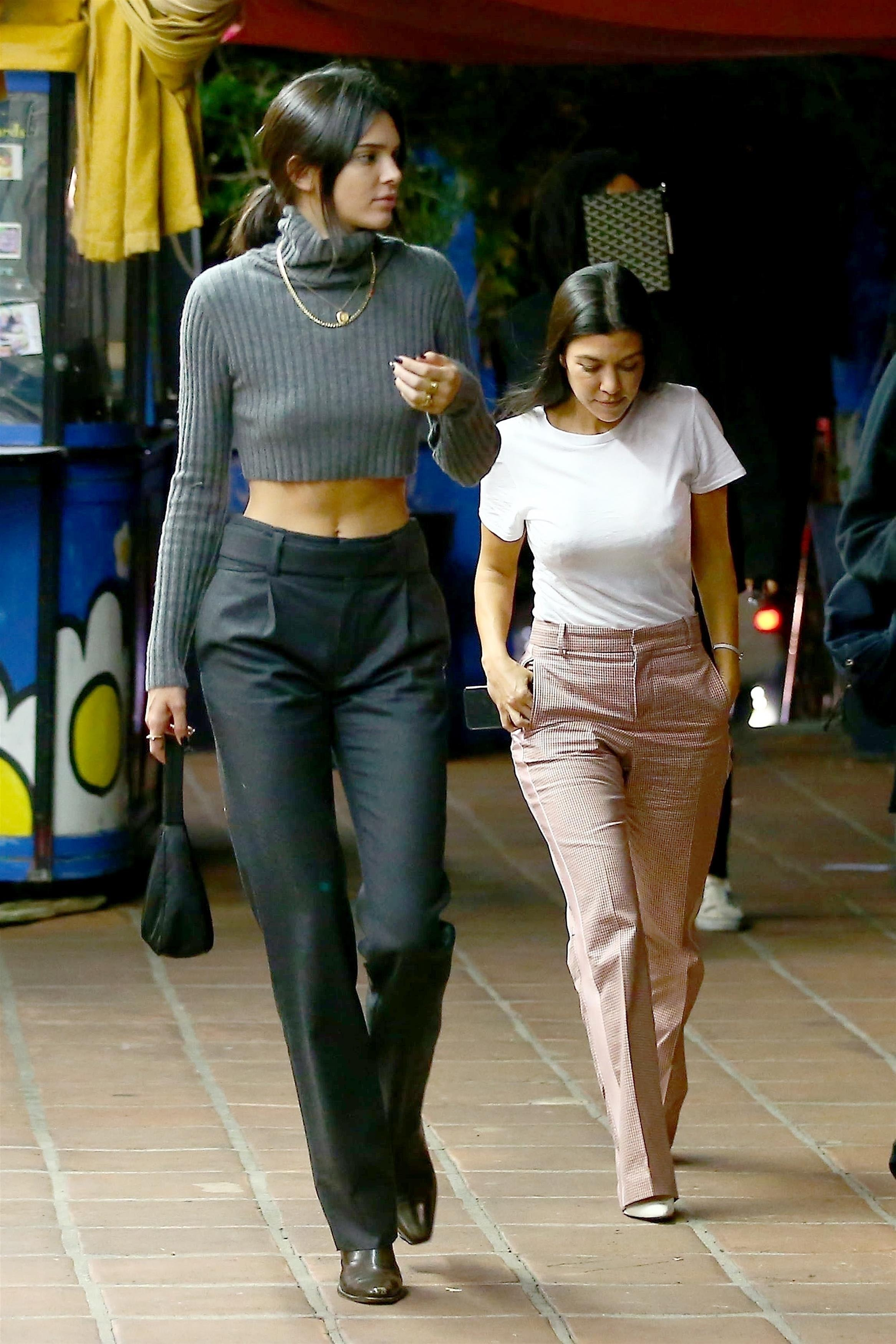 Kendall Jenner , Kourtney Kardashian