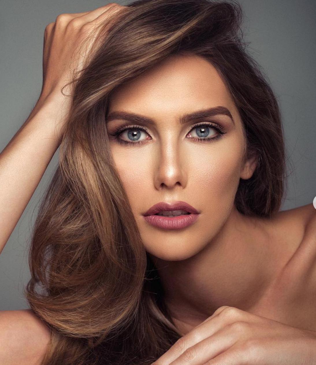 Angela Ponce Miss España1