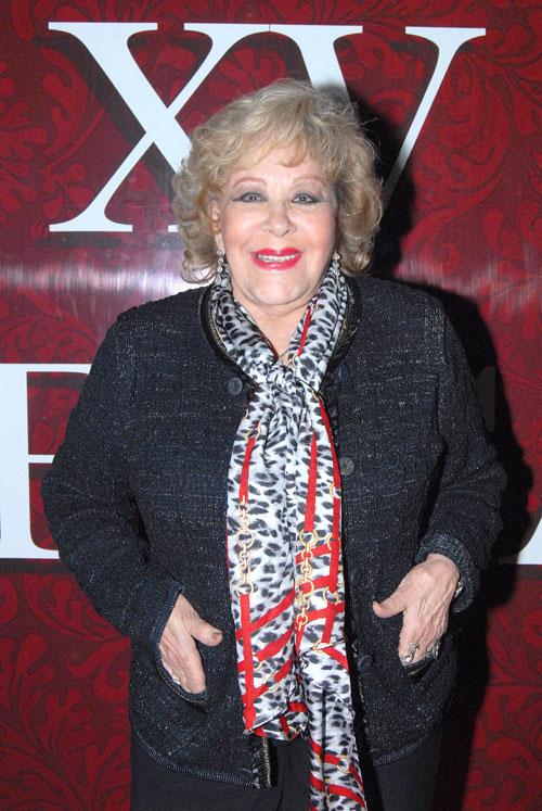 Silvia Pinal, Míralos