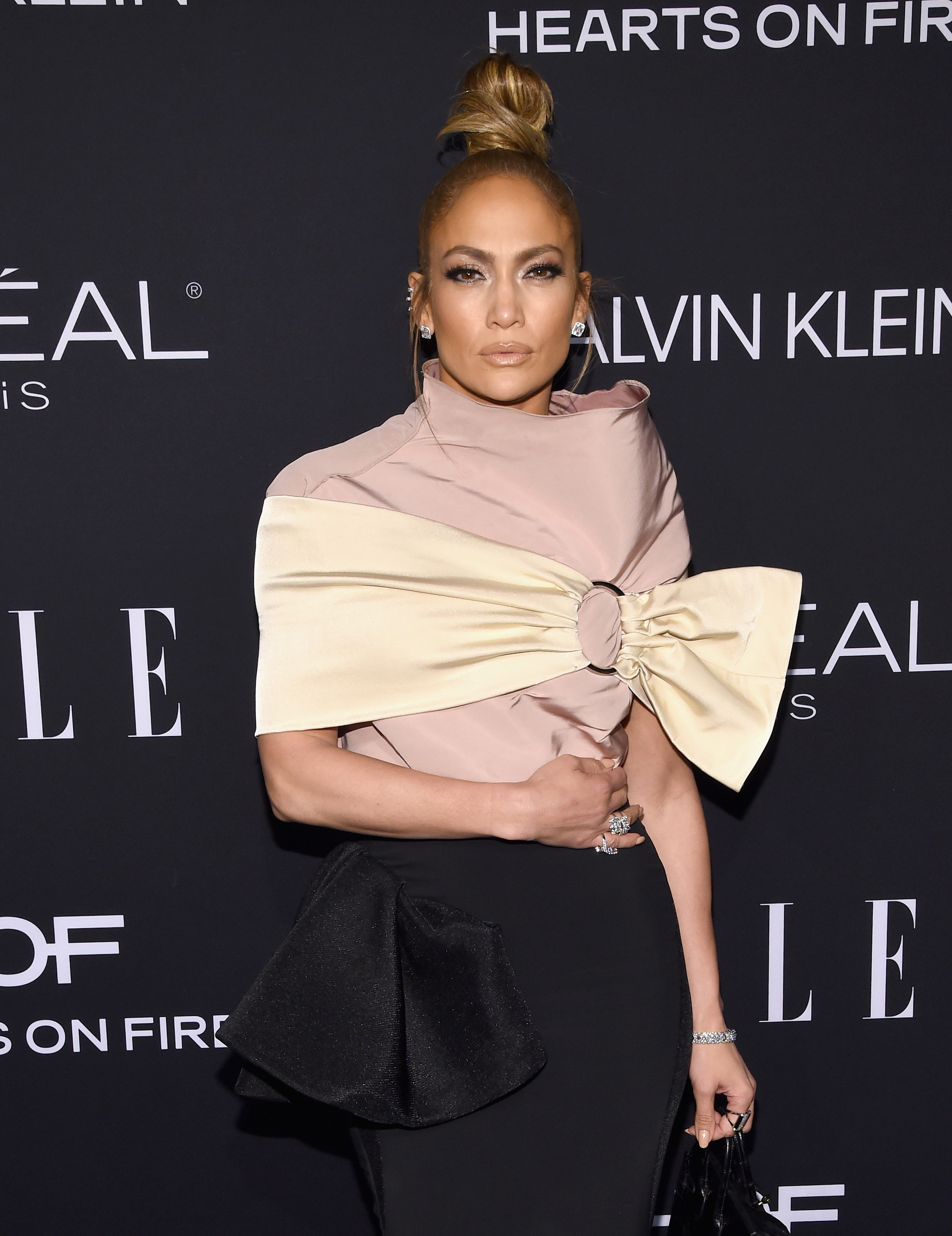 JLo, Jennifer López, pelo, peinado, Elle Awards