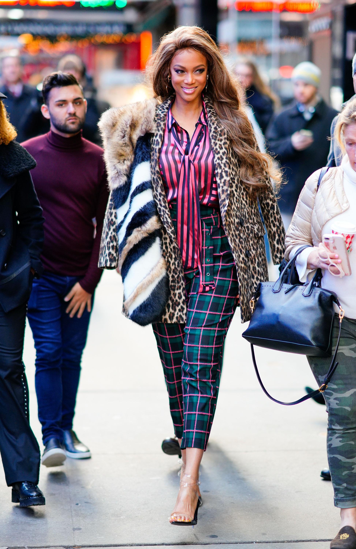 Tyra Banks, looks