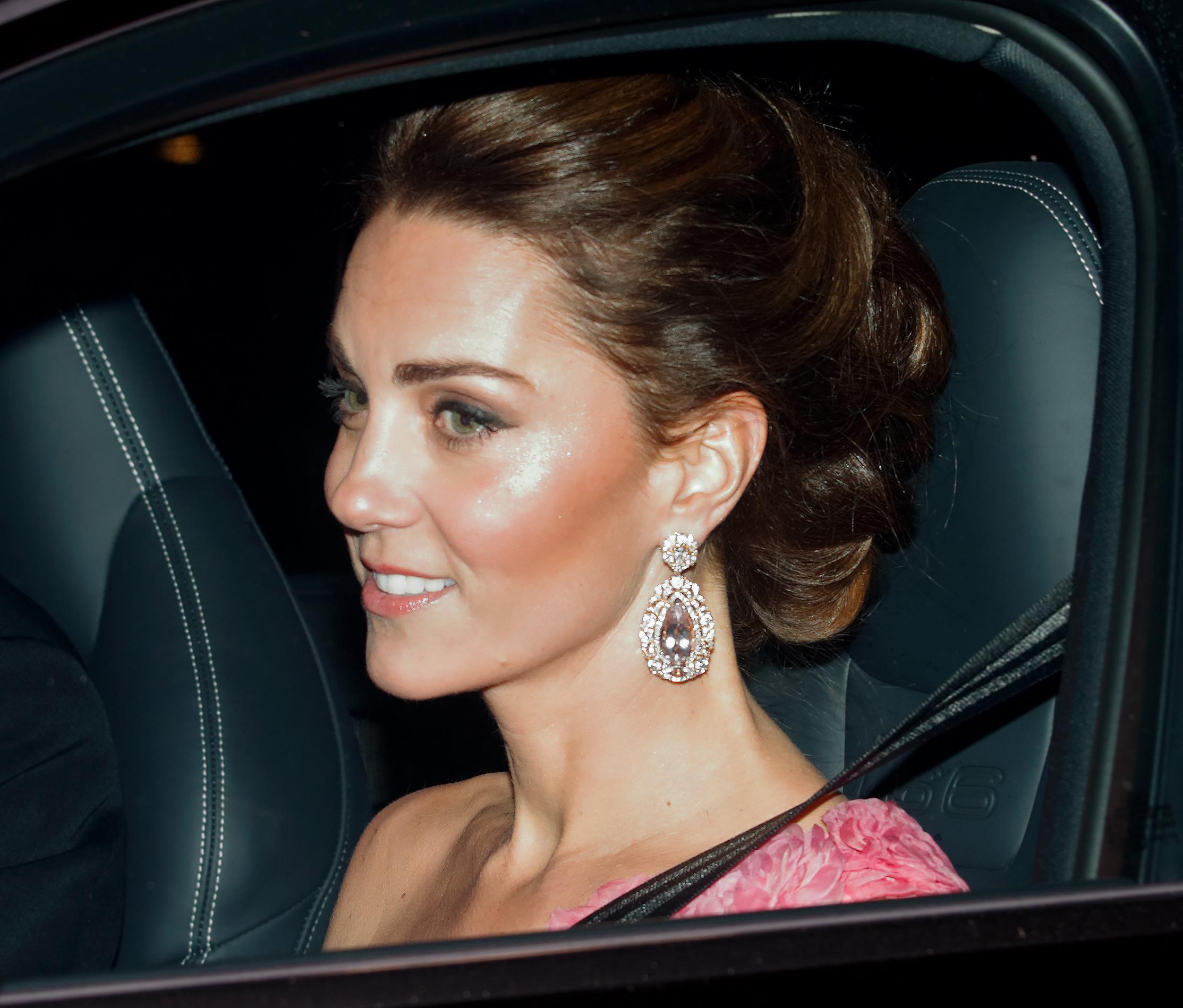 Kate Middleton, estilo, belleza, maquillaje, pendientes