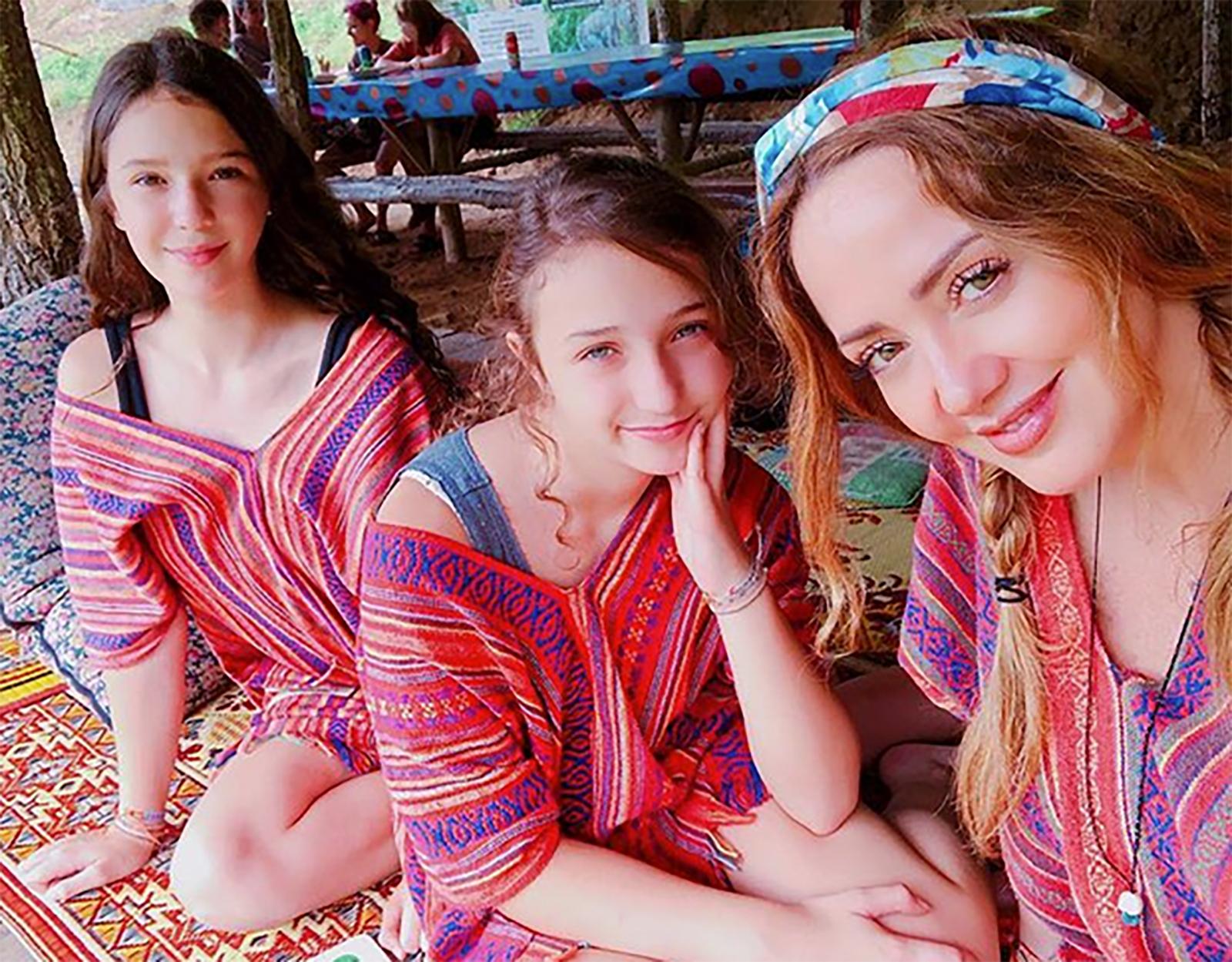 Andrea Legarreta, Mía Rubín Legarreta, Nina Rubín Legarreta