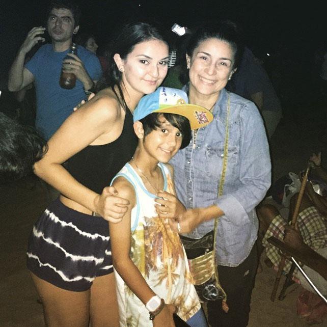 Karina y su hija Hannah, ahora Xander
