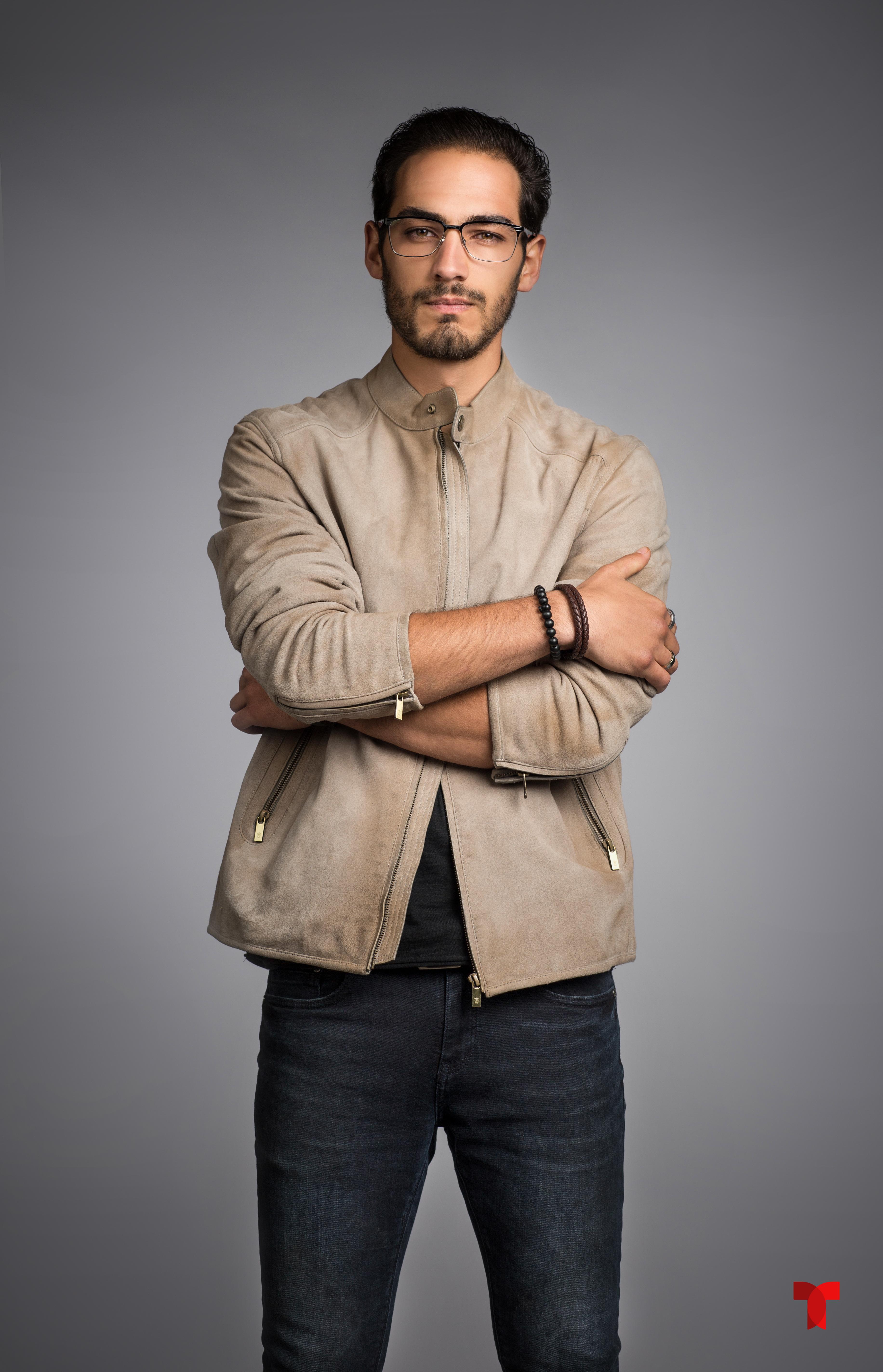 Michel Duval como Salvador Acero_001 copia