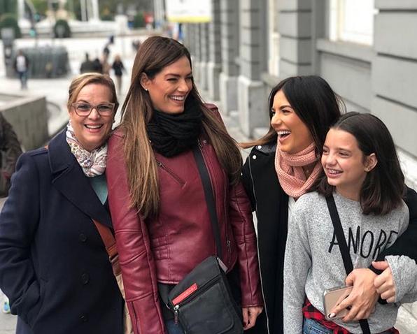 Gaby Espino/Instagram Gaby Espino viaje con su hija España Francia noviembre 2018