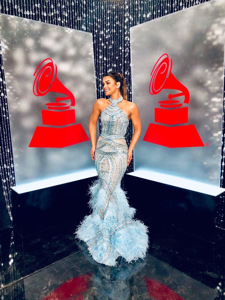 Clarissa Molina, looks, grammy latino