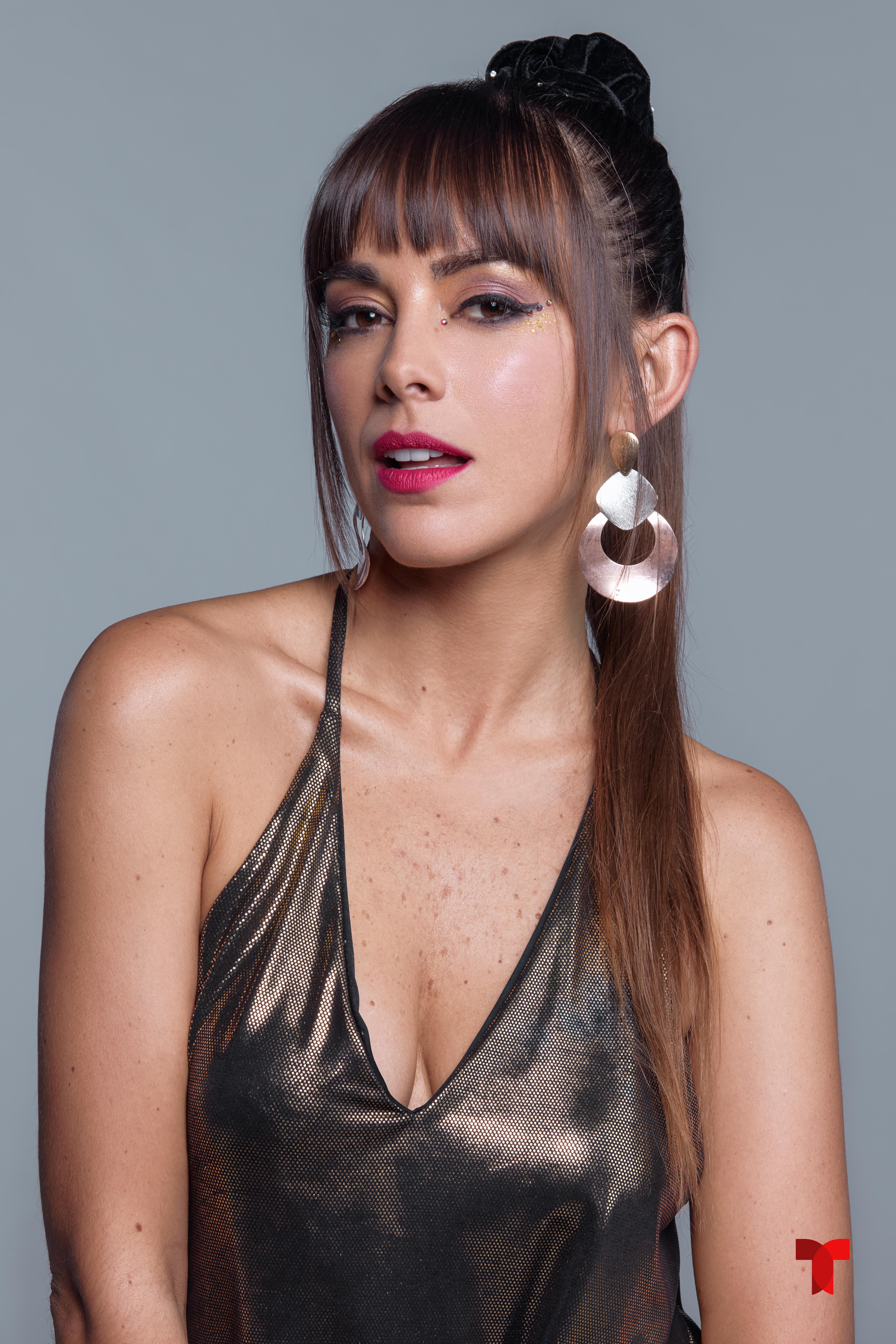 María Elisa Camargo, El Barón