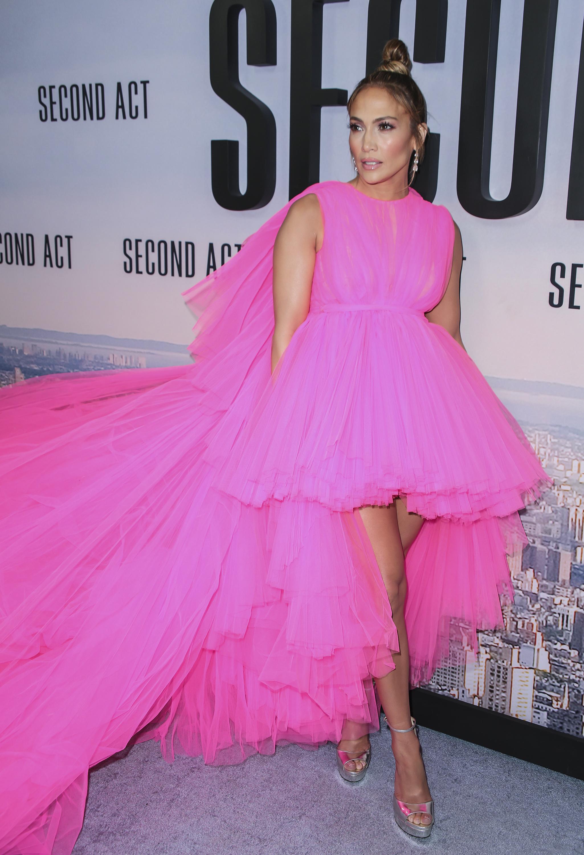 Jennifer Lopez wearing gown by Giambattista Valli attends