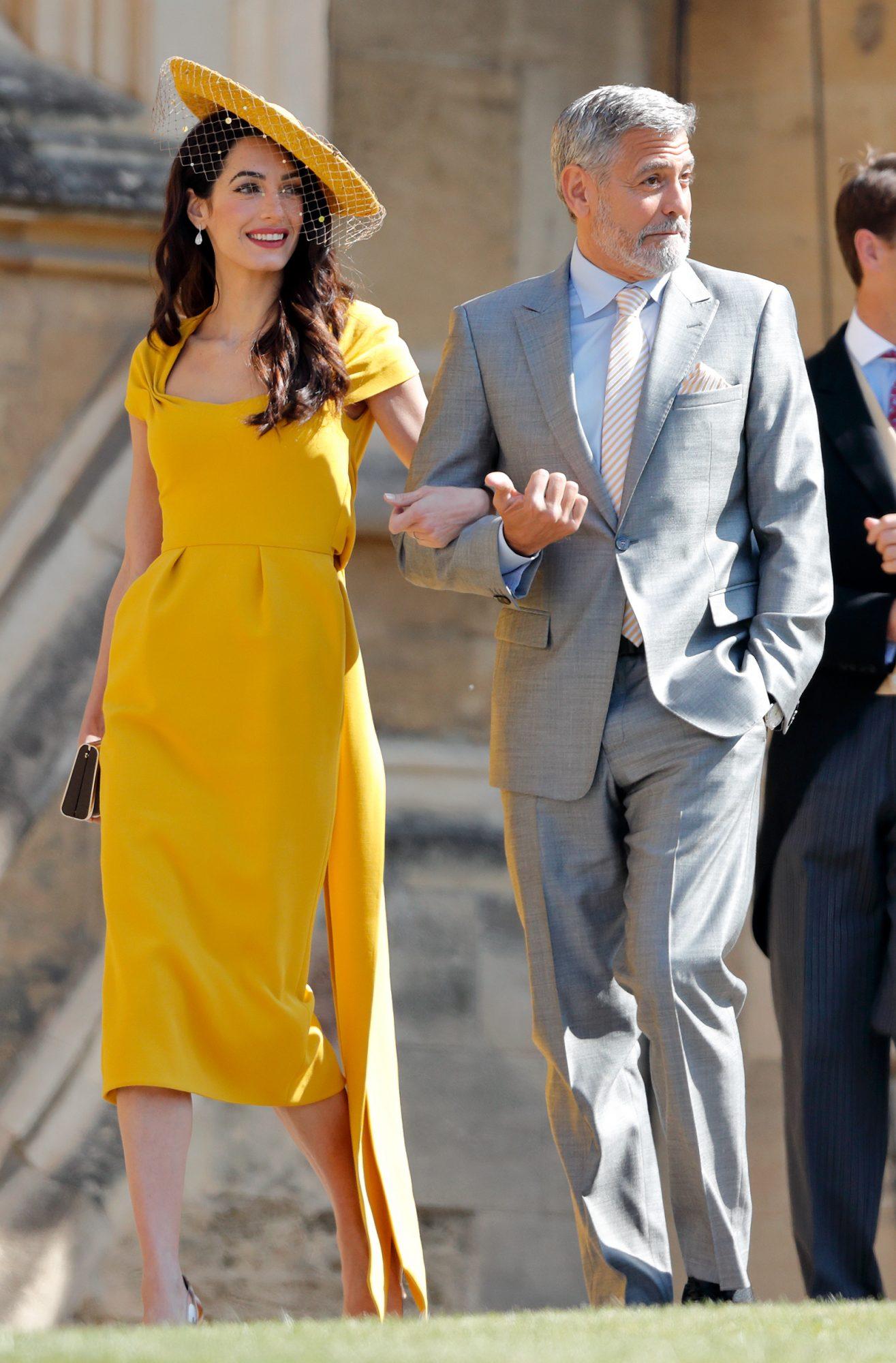 Amal Clooney, boda real, estilo, vestido amarillo