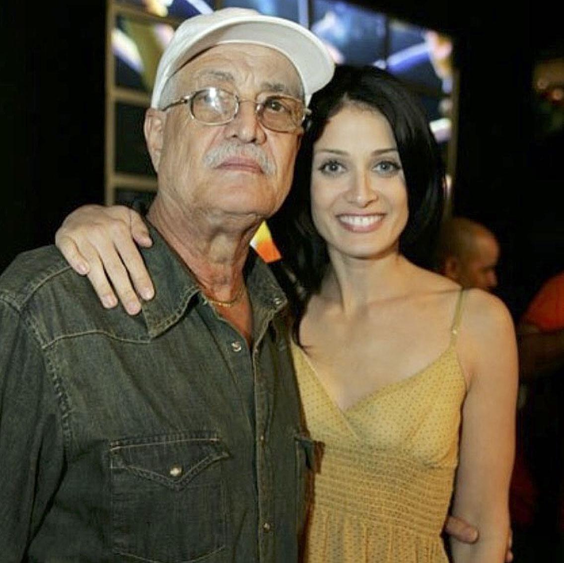 José Torres Dayanara Torres