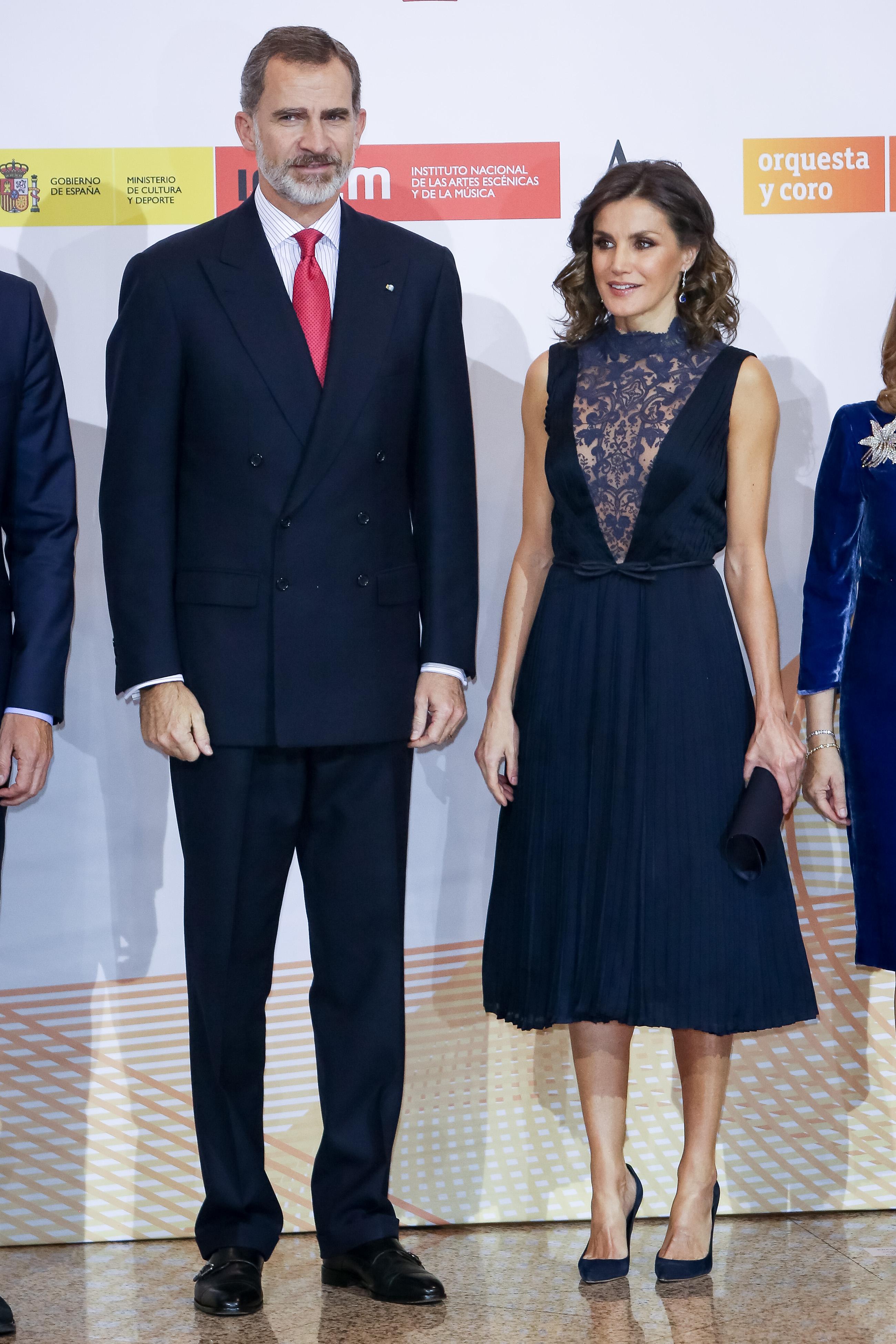 Letizia de España, reina, realeza, estilo, look,