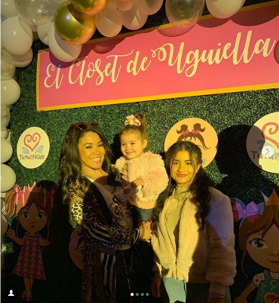 """Screenshot_2018-12-07 ॐCarolina Sandovalॐ on Instagram """"Definitivamente Amalia Victoria nos gana a Barbie y a mi en lo coqu[...]"""