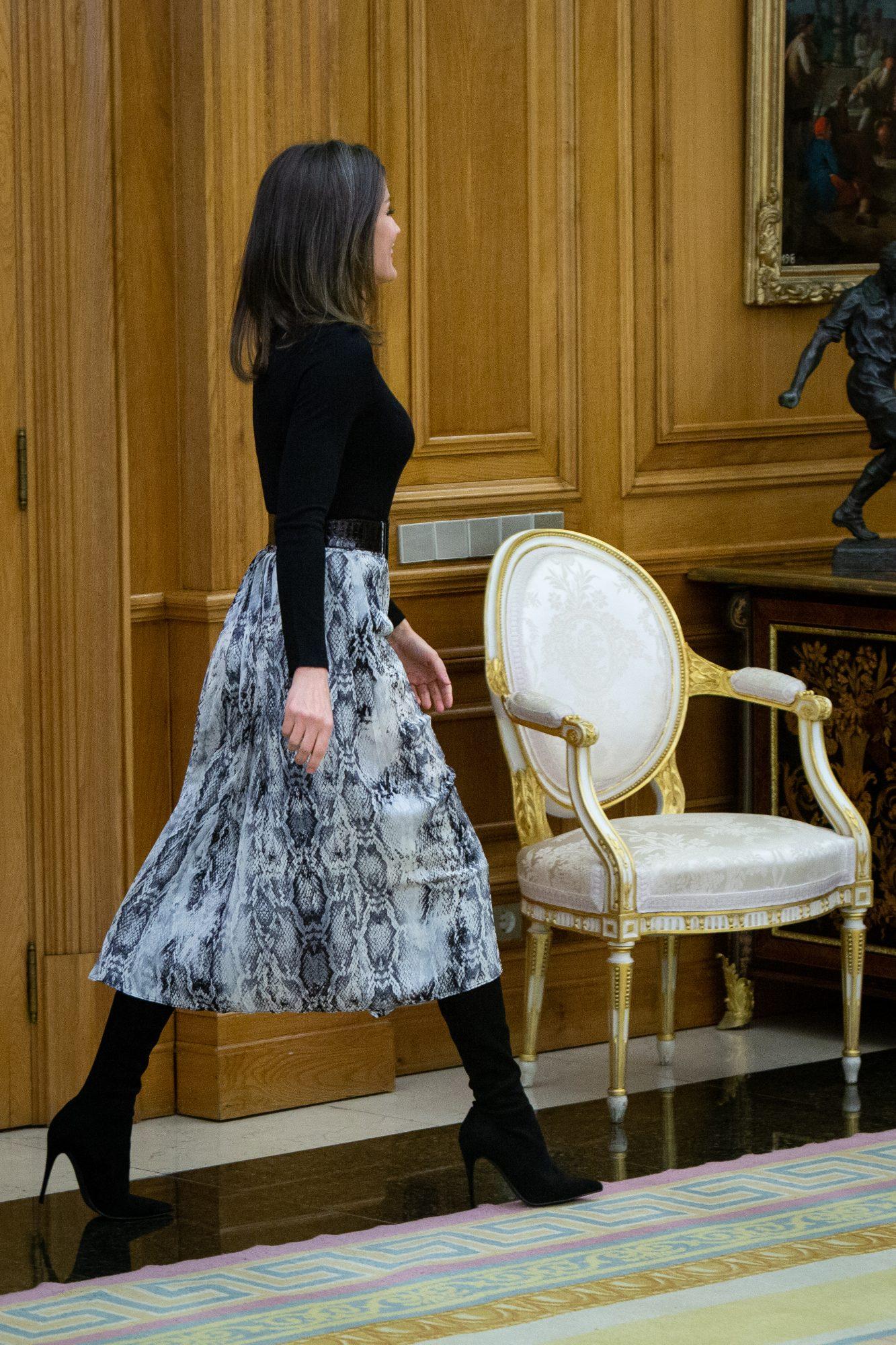 reina Letizia, estilo, falda, zara, barata, low cost, rebajas, falda plisada, ootd