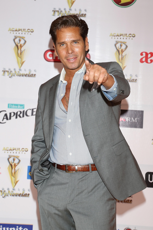 Roberto Palazuelos, actor, estilo
