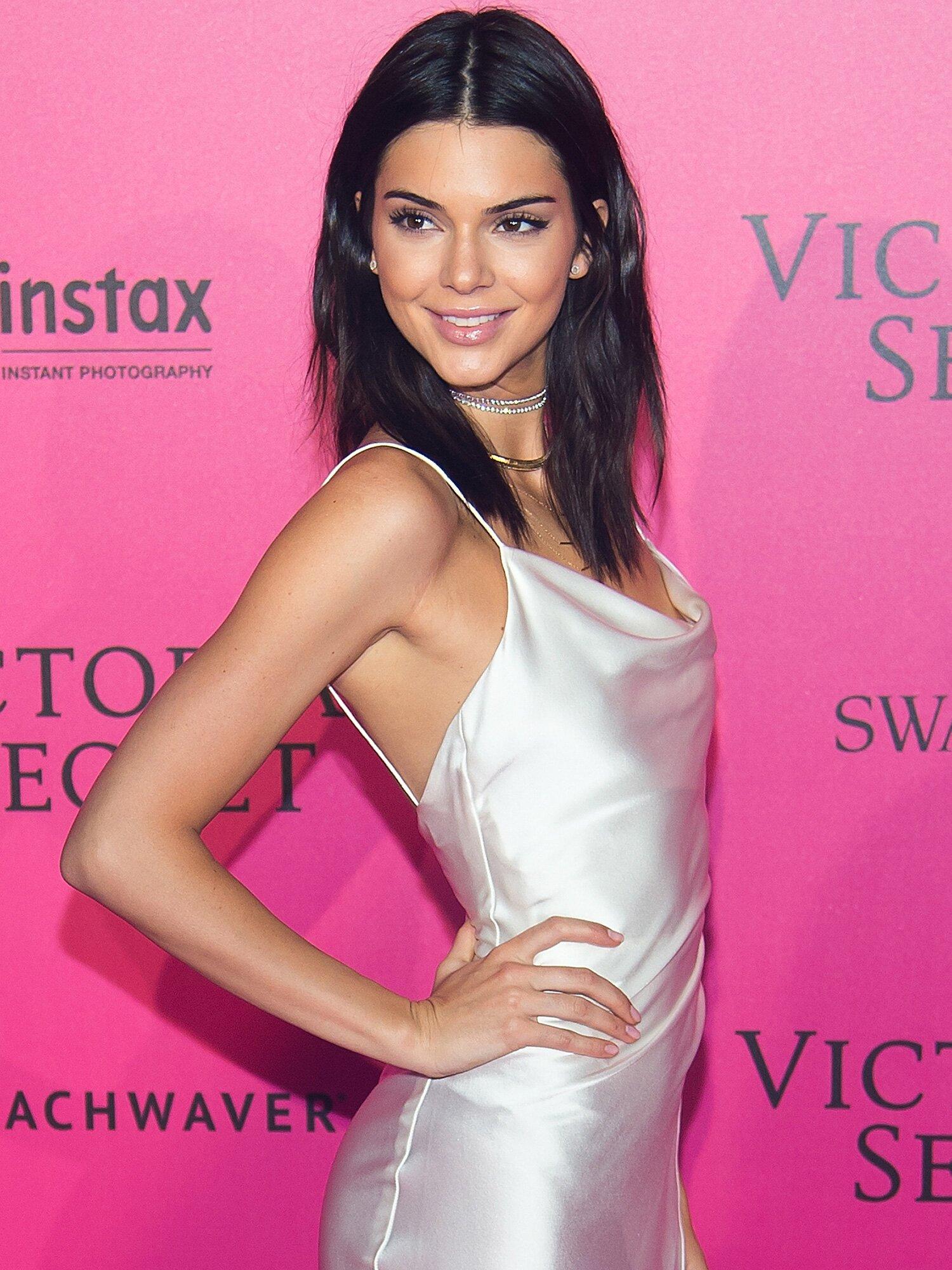 Kendall Jenner Lo Mostró Todo Con Este Vestido People En