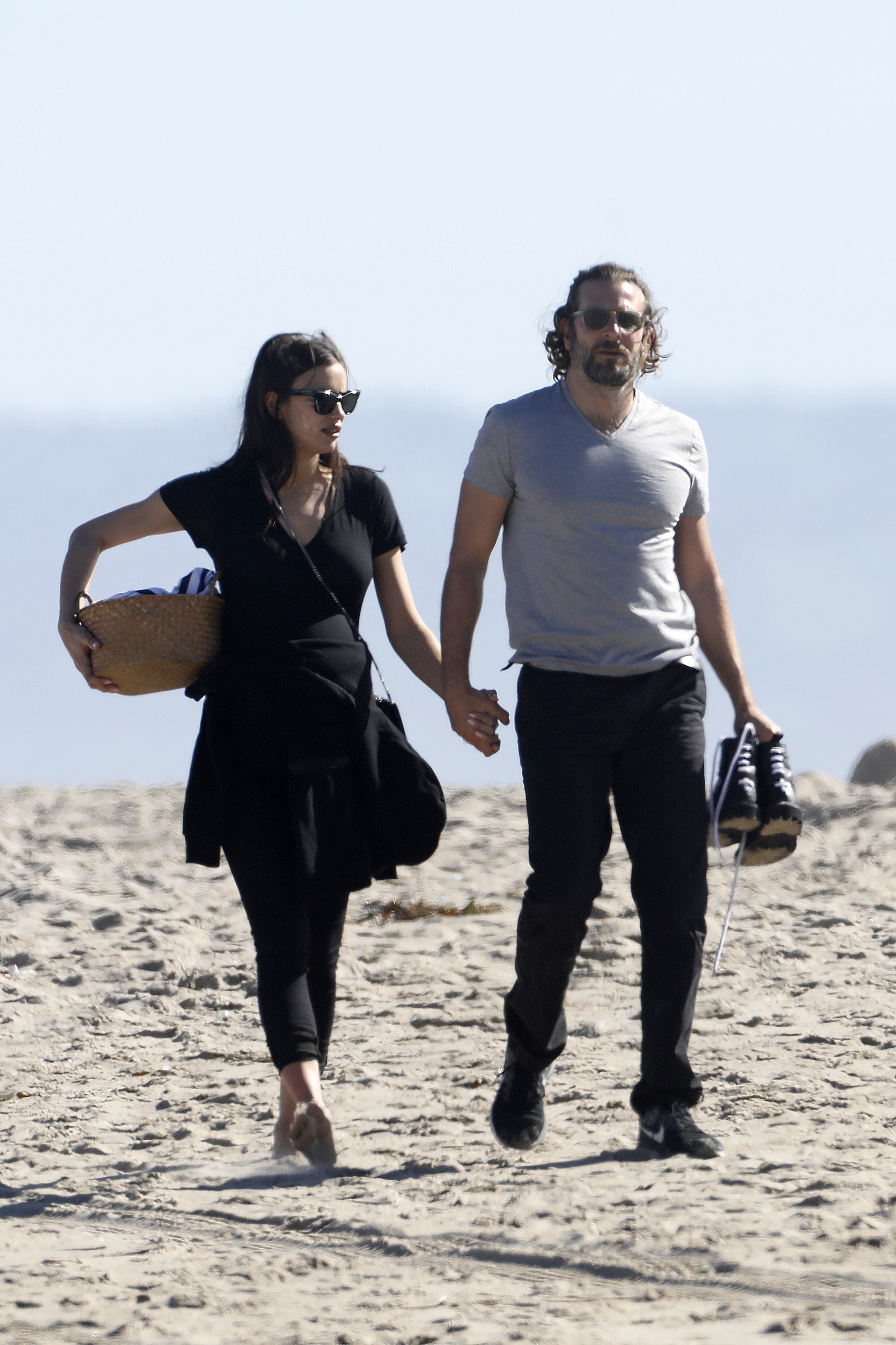 PREMIUM EXCLUSIVE Bradley Cooper And Pregnant Irina Shayk On Romantic V-Day Beach Picnic
