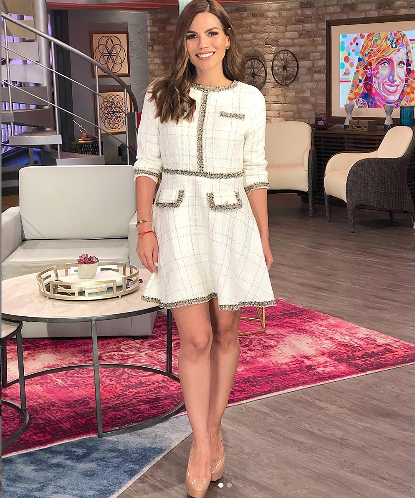 Karina Banda, estilo, vestido