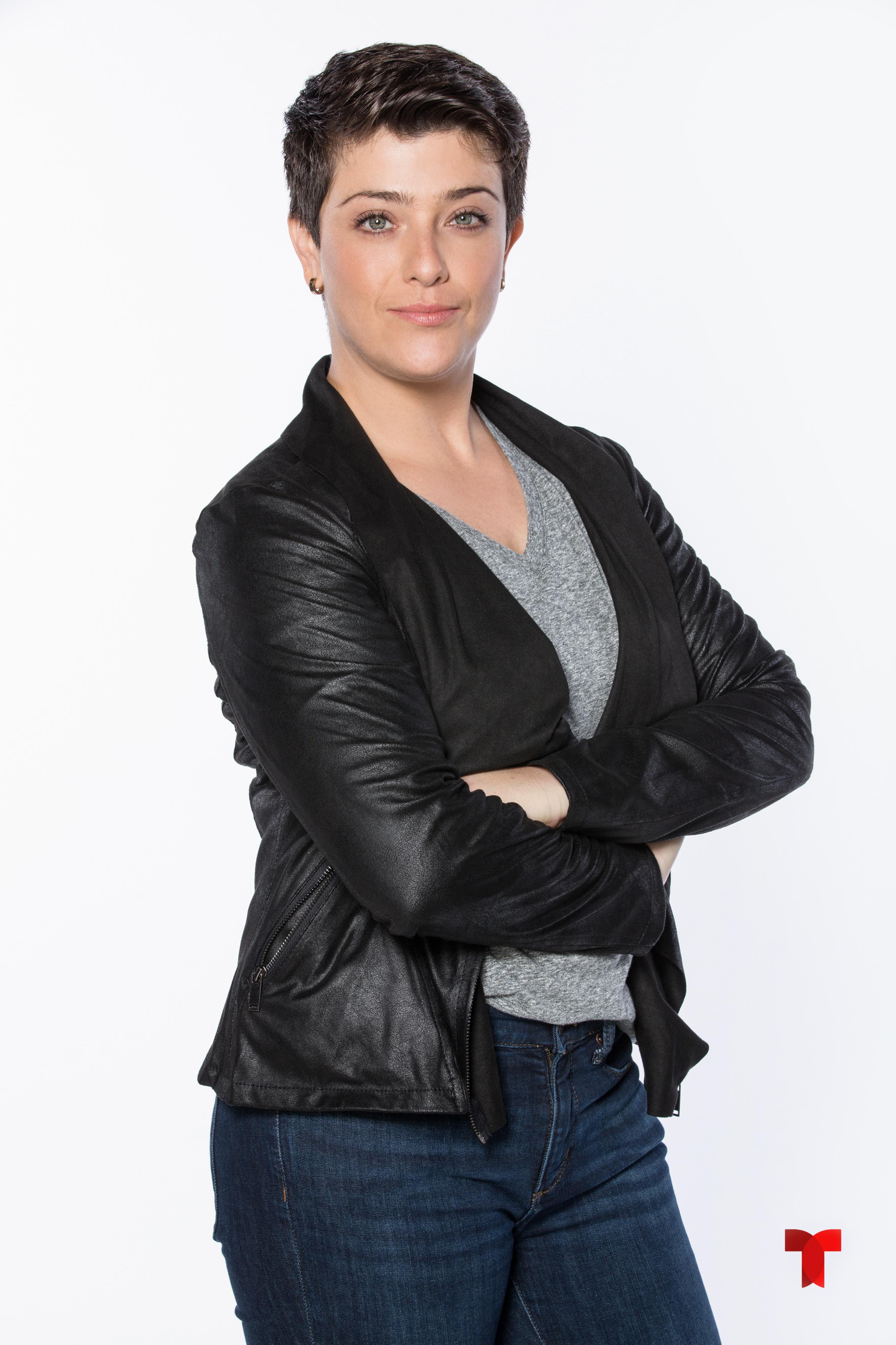 Valeria Vera como Sandra_001_T copia