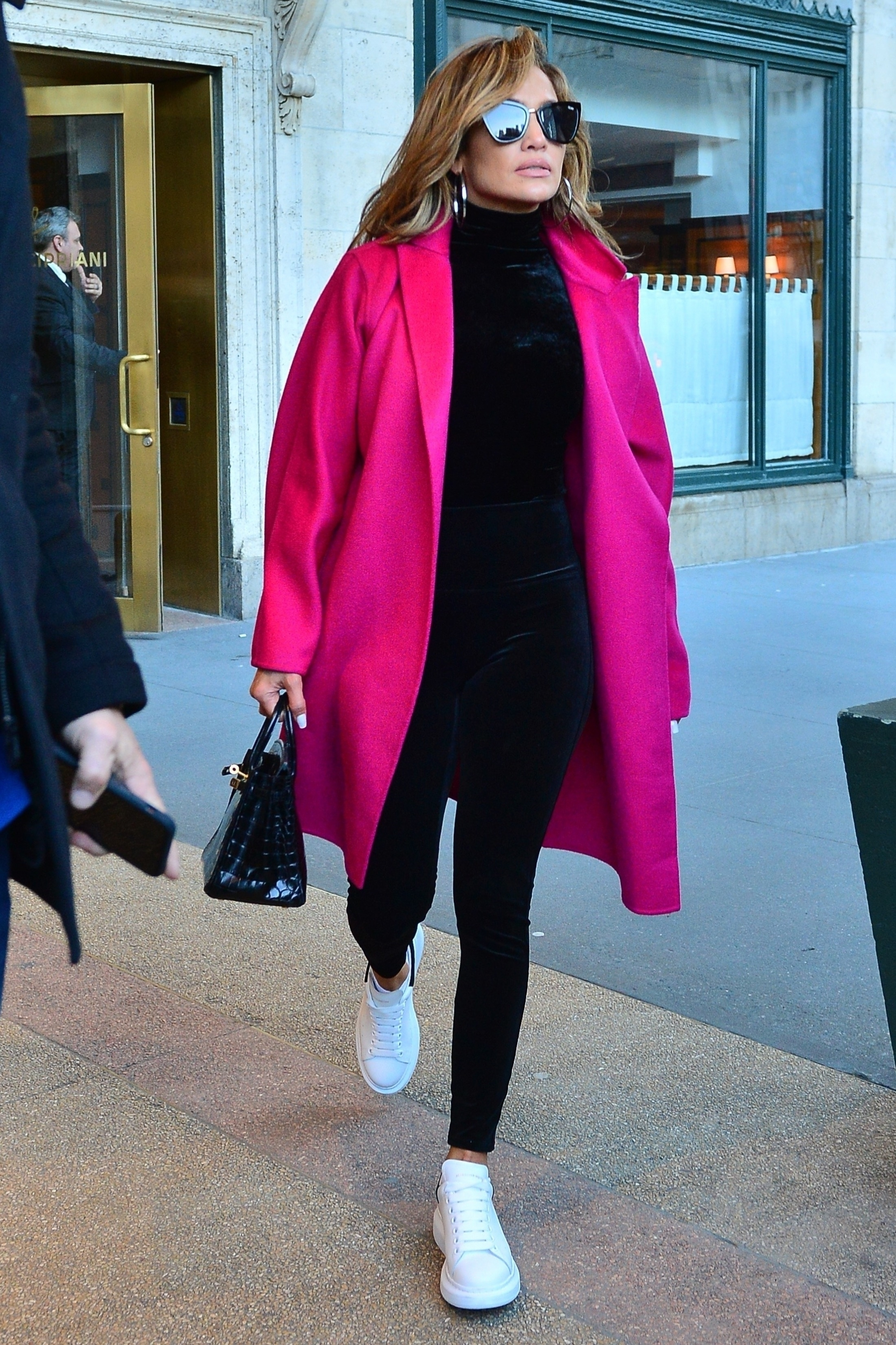 Jennifer Lopez, Jlo, looks
