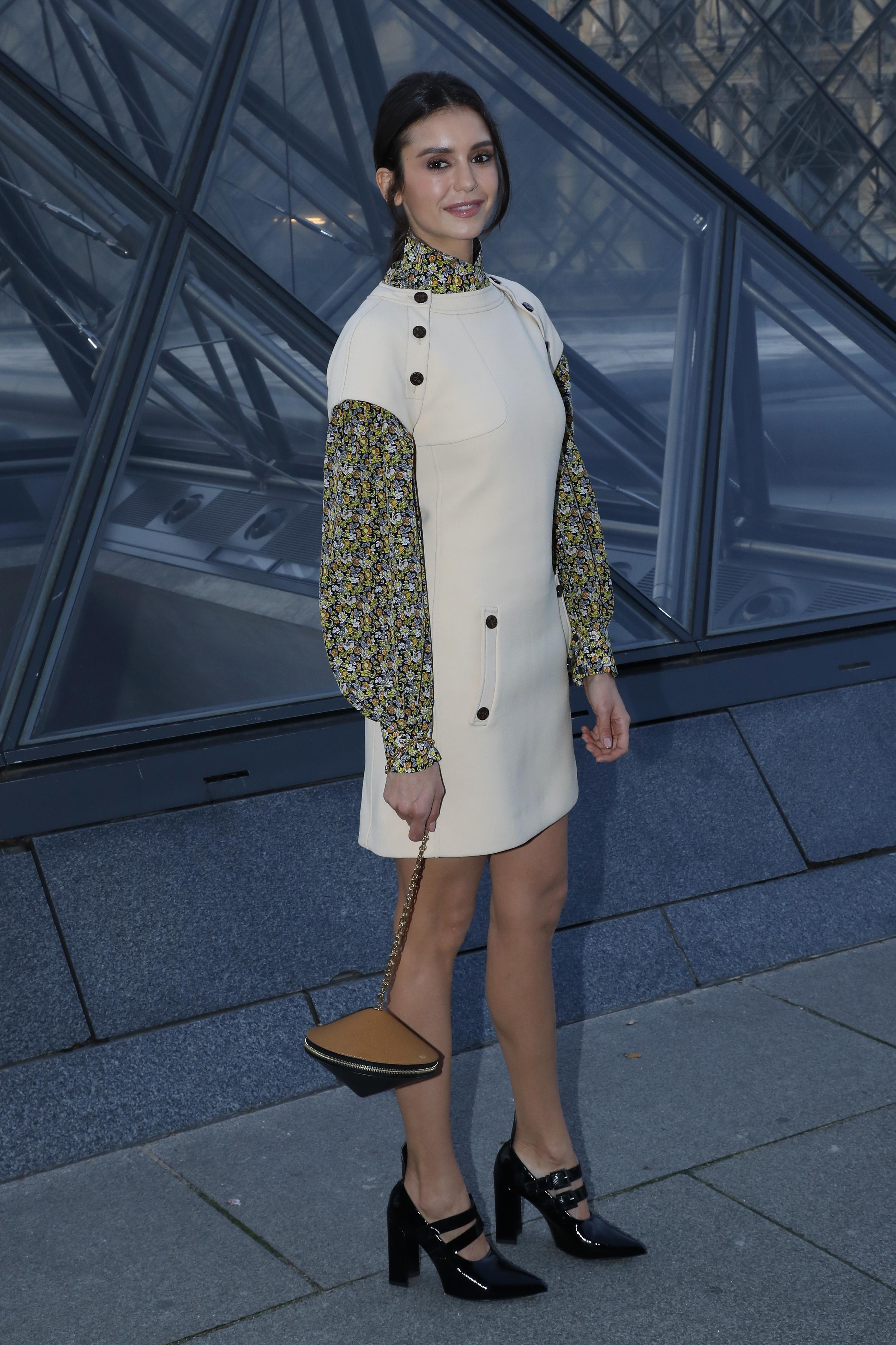 Nina Dobrev, looks