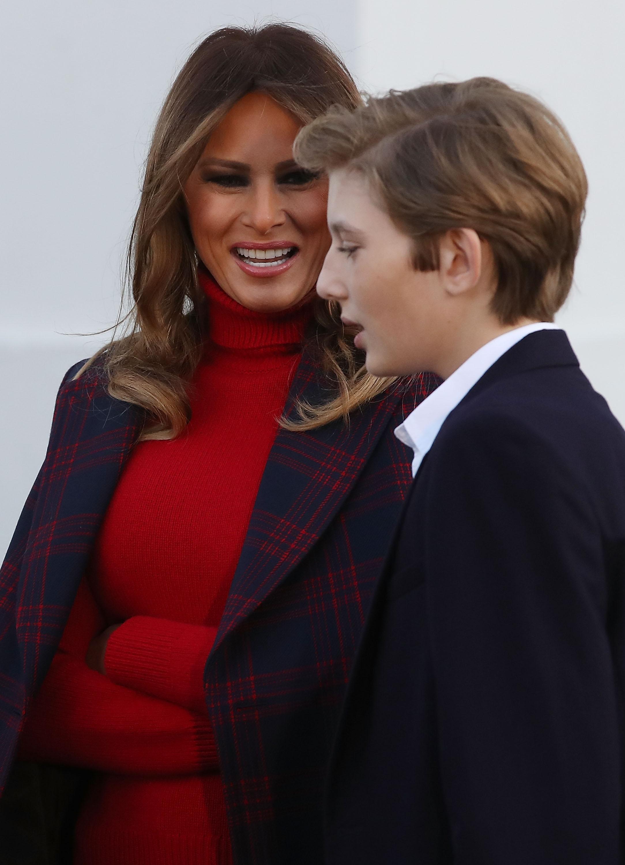 Melania Trump, look, casa blanca, arbol, navidad