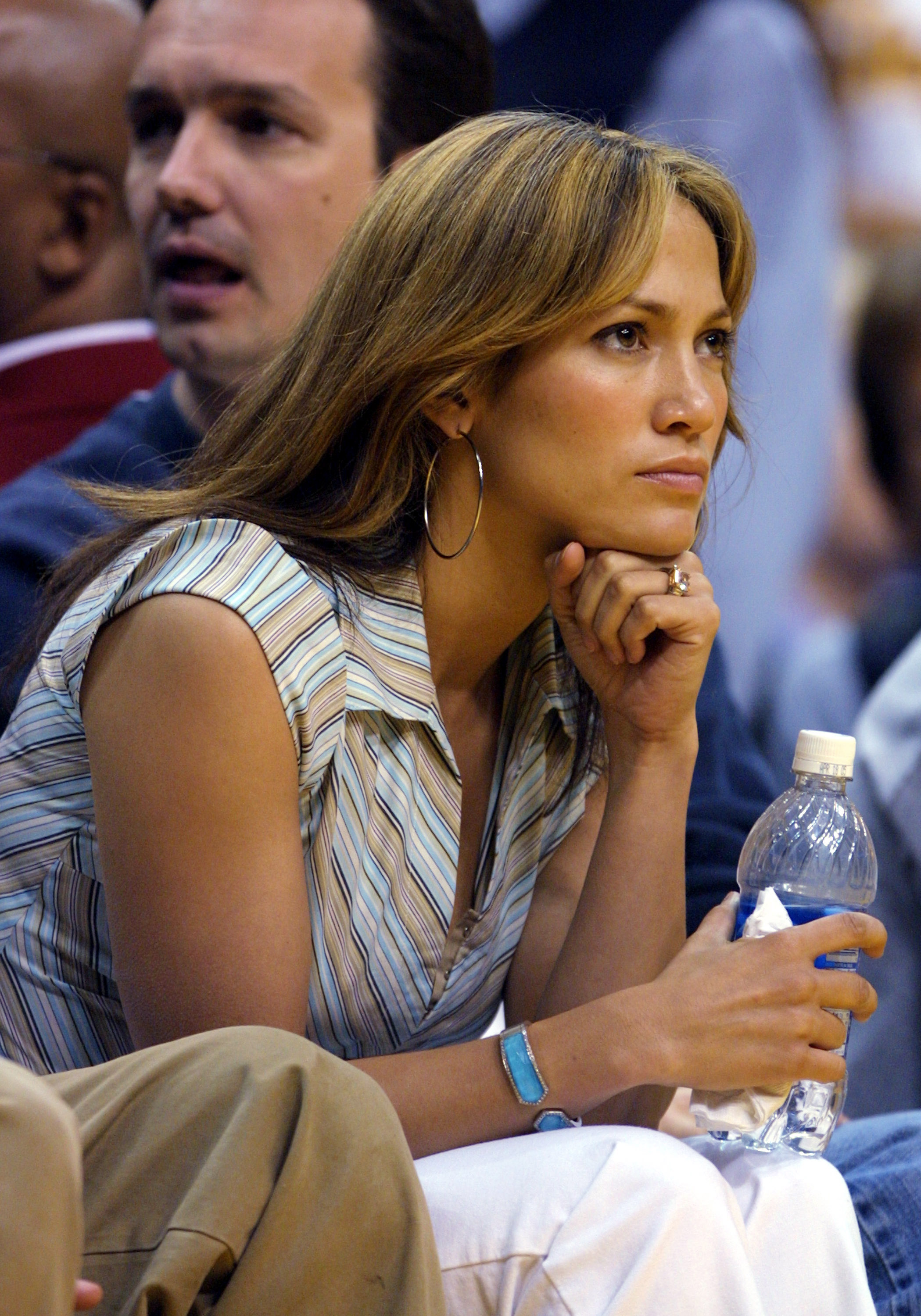 Jennifer Lopez and Ben Affleck Attend Lakers-Spurs Game 4 of Western Conference Semifinals