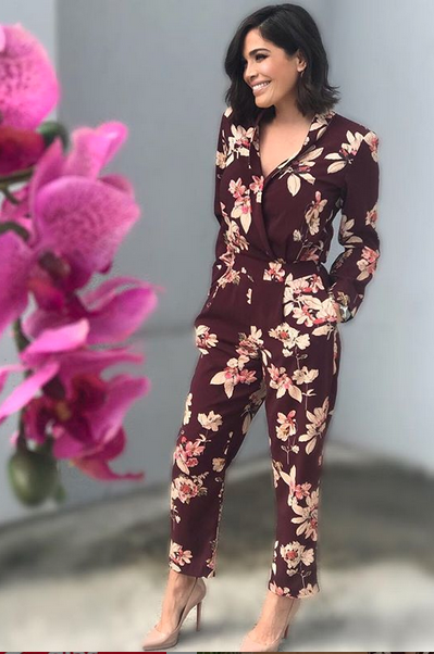 Karla Martinez, looks