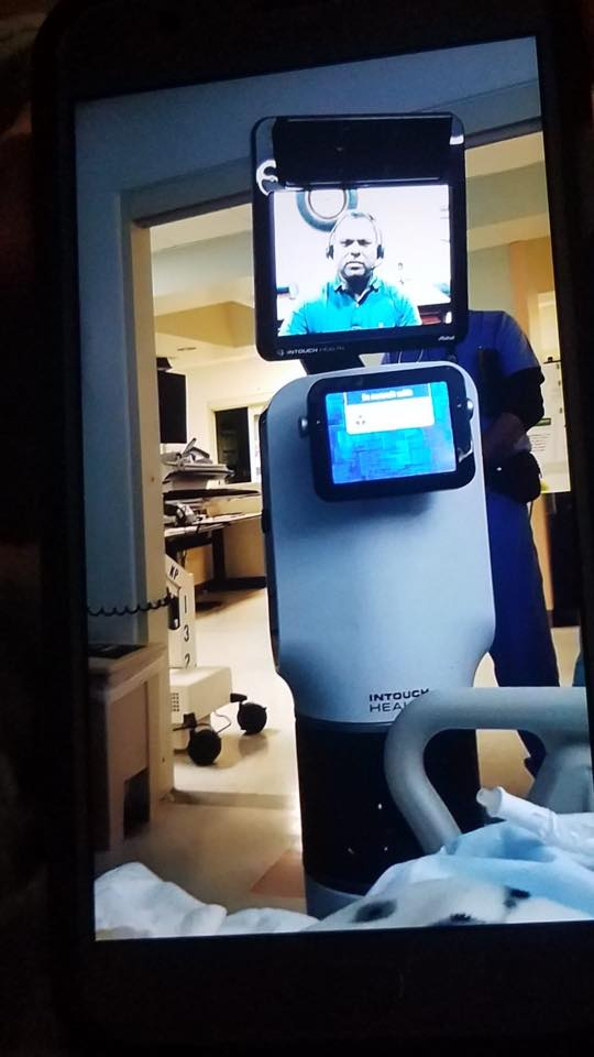Robot doctor - Ernest Quintana