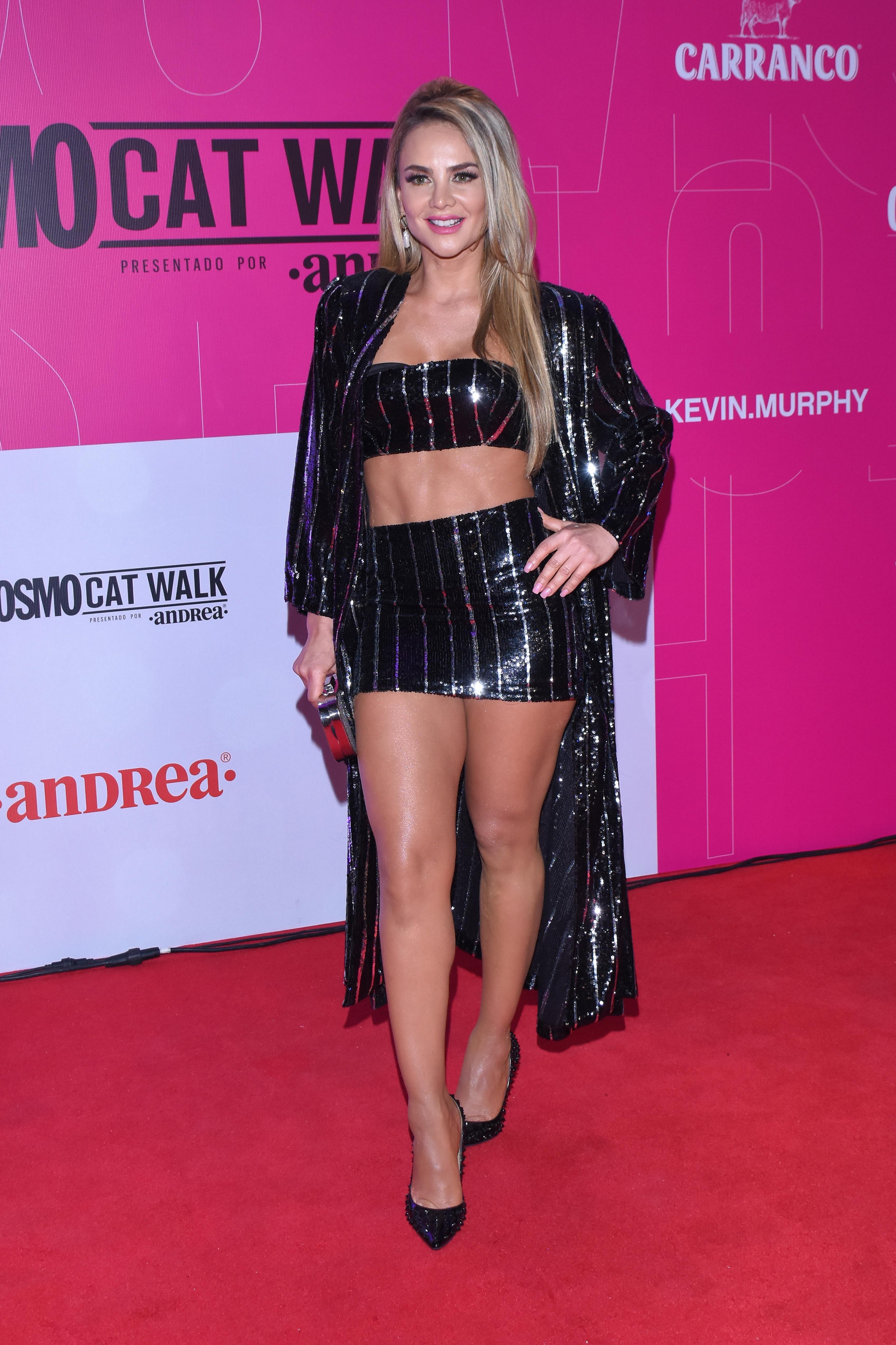 Ximena Cordoba, looks