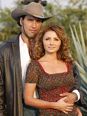 Eduardo Yanez y Angelica Rivera