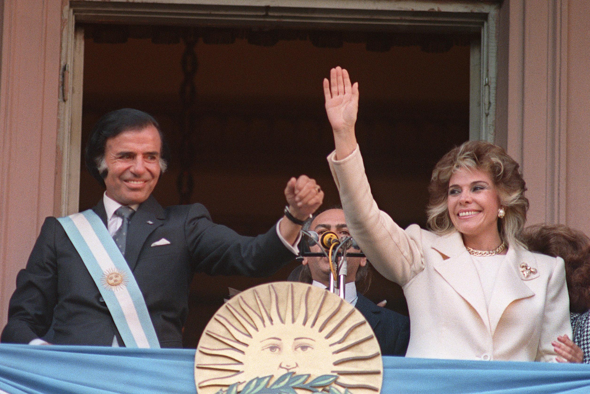 Argentinian President Carlos Menem and his wife Zu