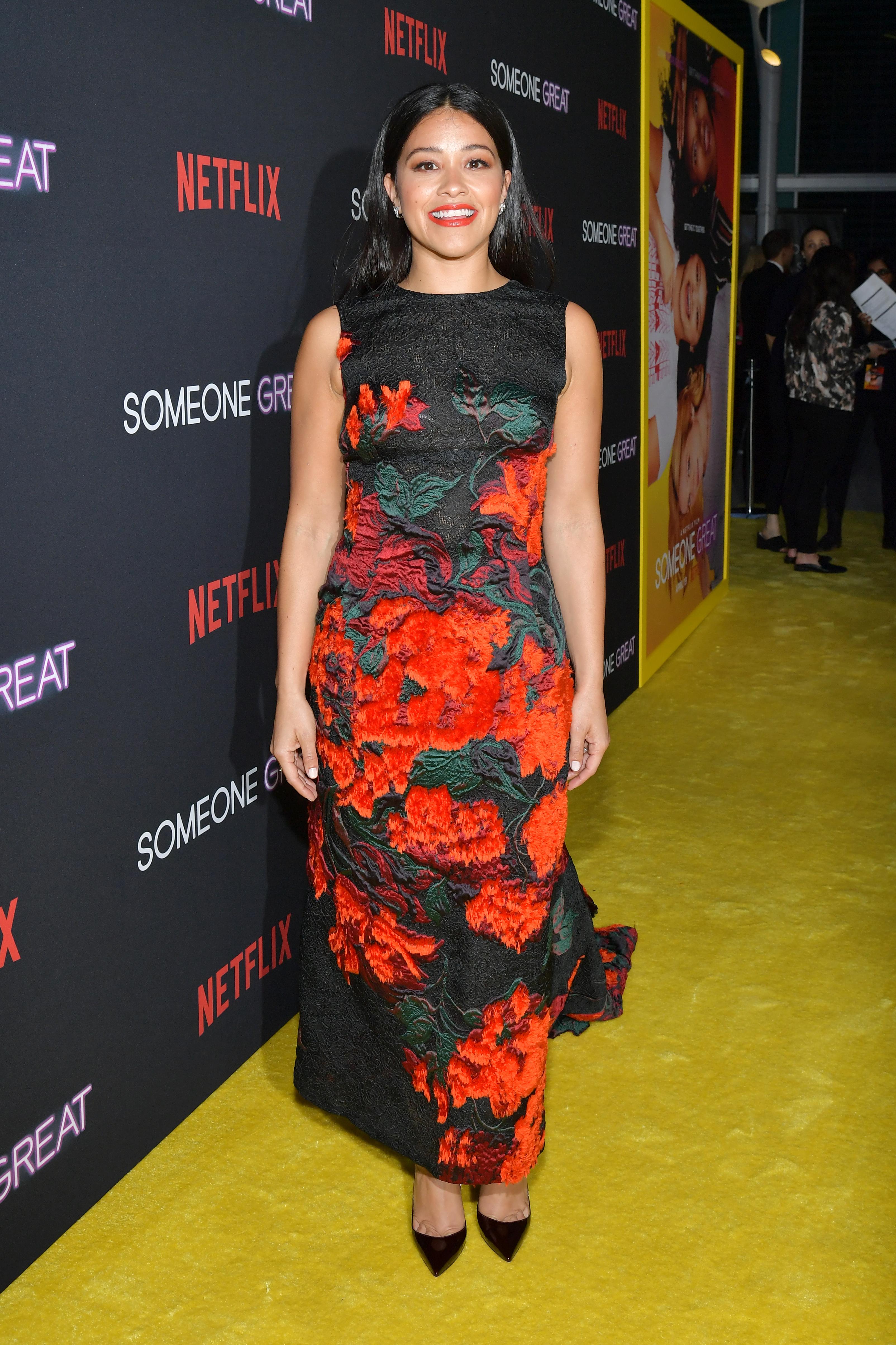 Gina Rodriguez, looks