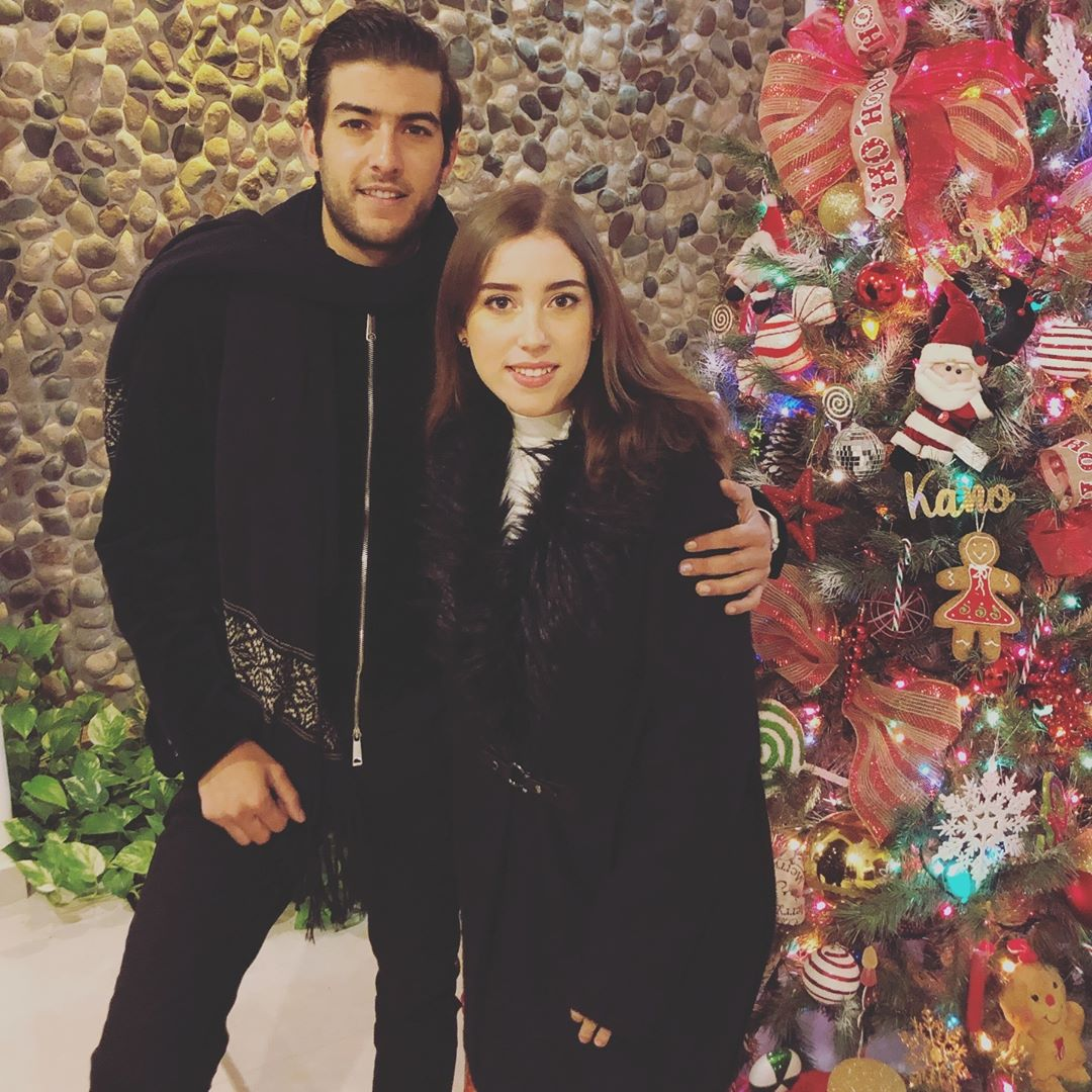 Juan Pablo Gil y hermana