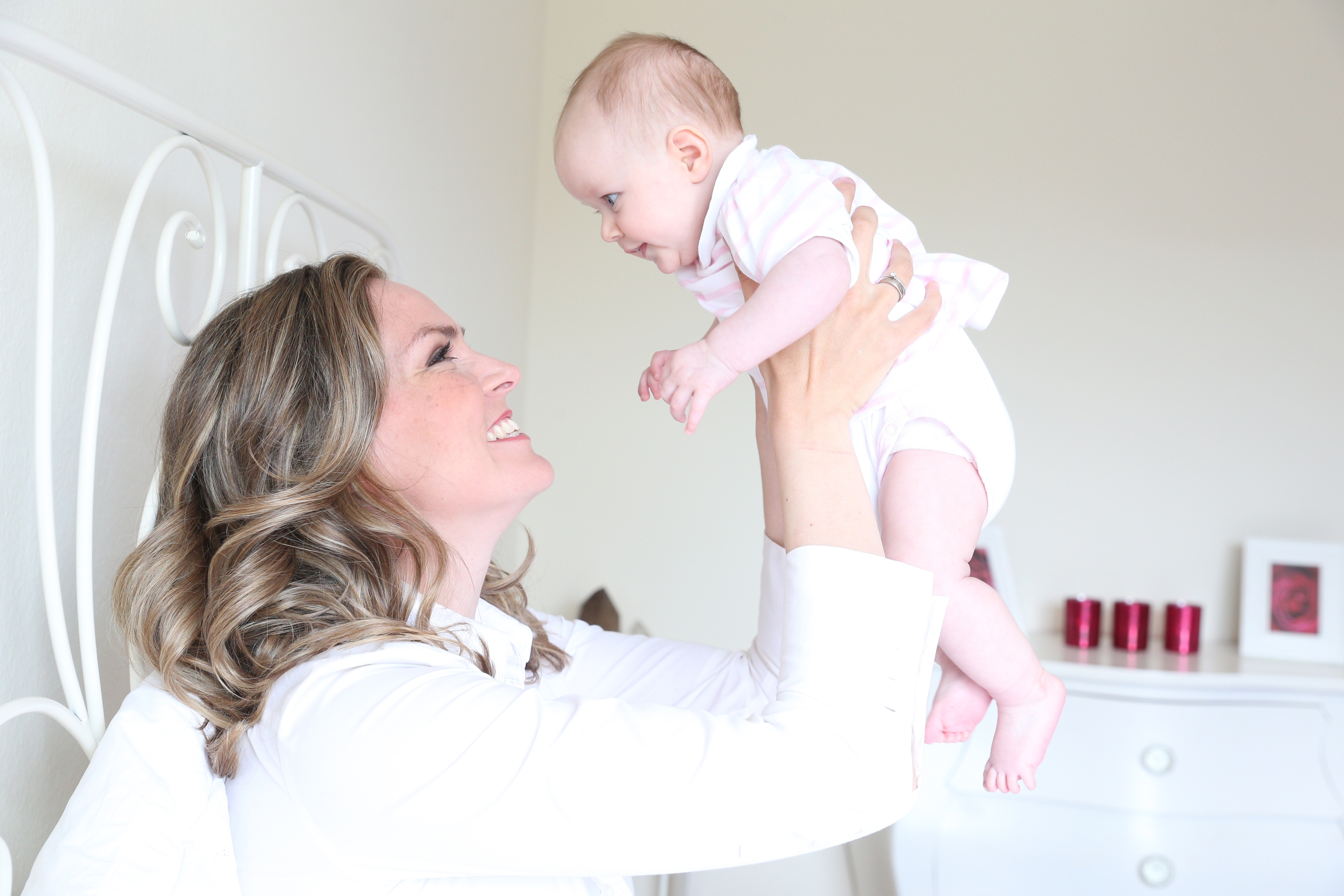 Julia Scharf With Her Baby Daughter Jonna Photo Session In Munich